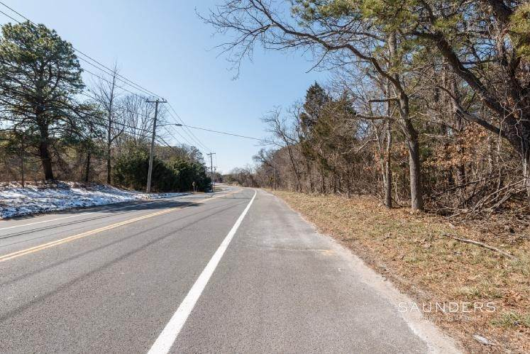 4. Land for Sale at South Of The Highway Southampton Southampton, Southampton Town, NY 11968