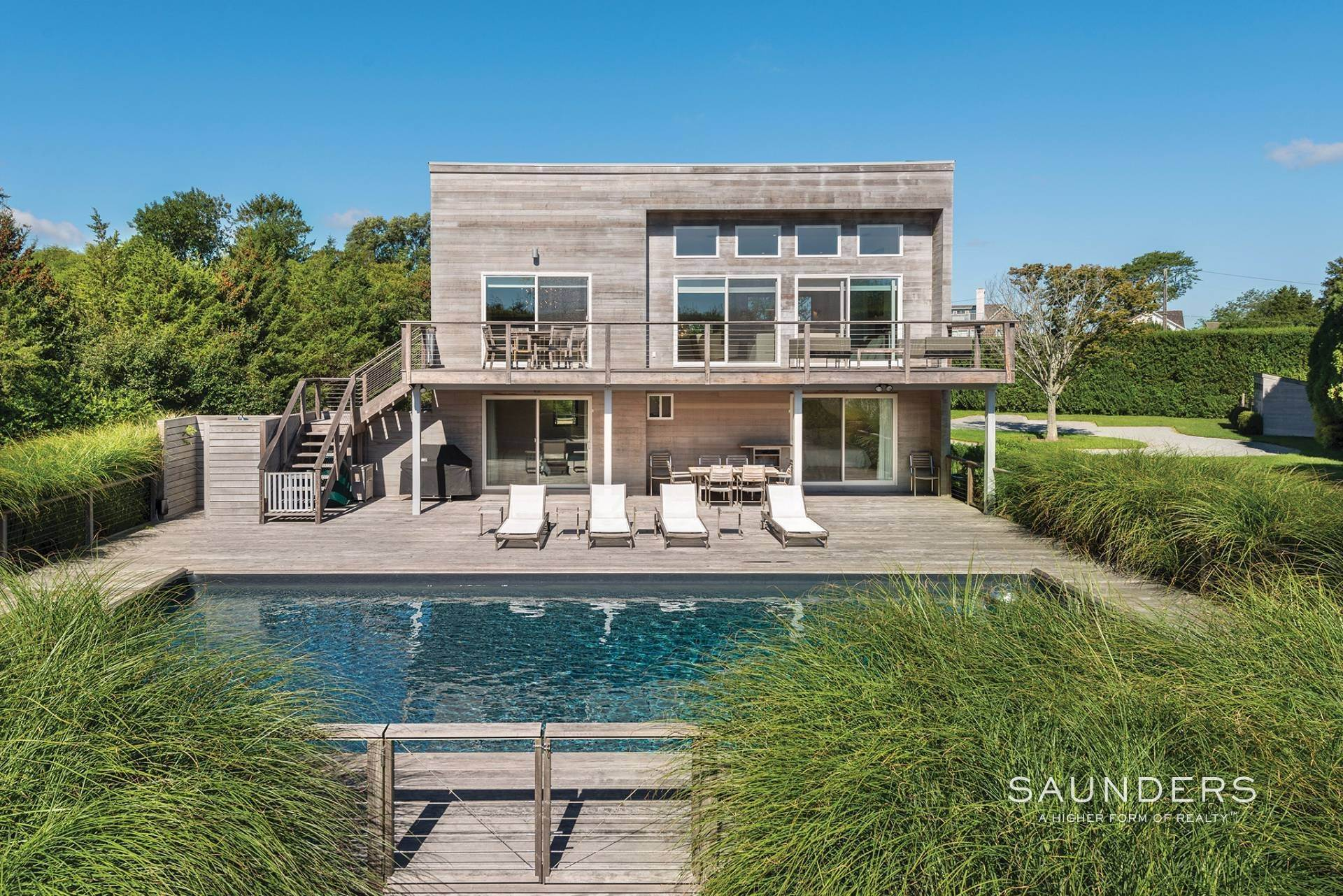 22. Single Family Homes for Sale at Beach Lover's Dream 107 Town Line Road, Wainscott, East Hampton Town, NY 11975