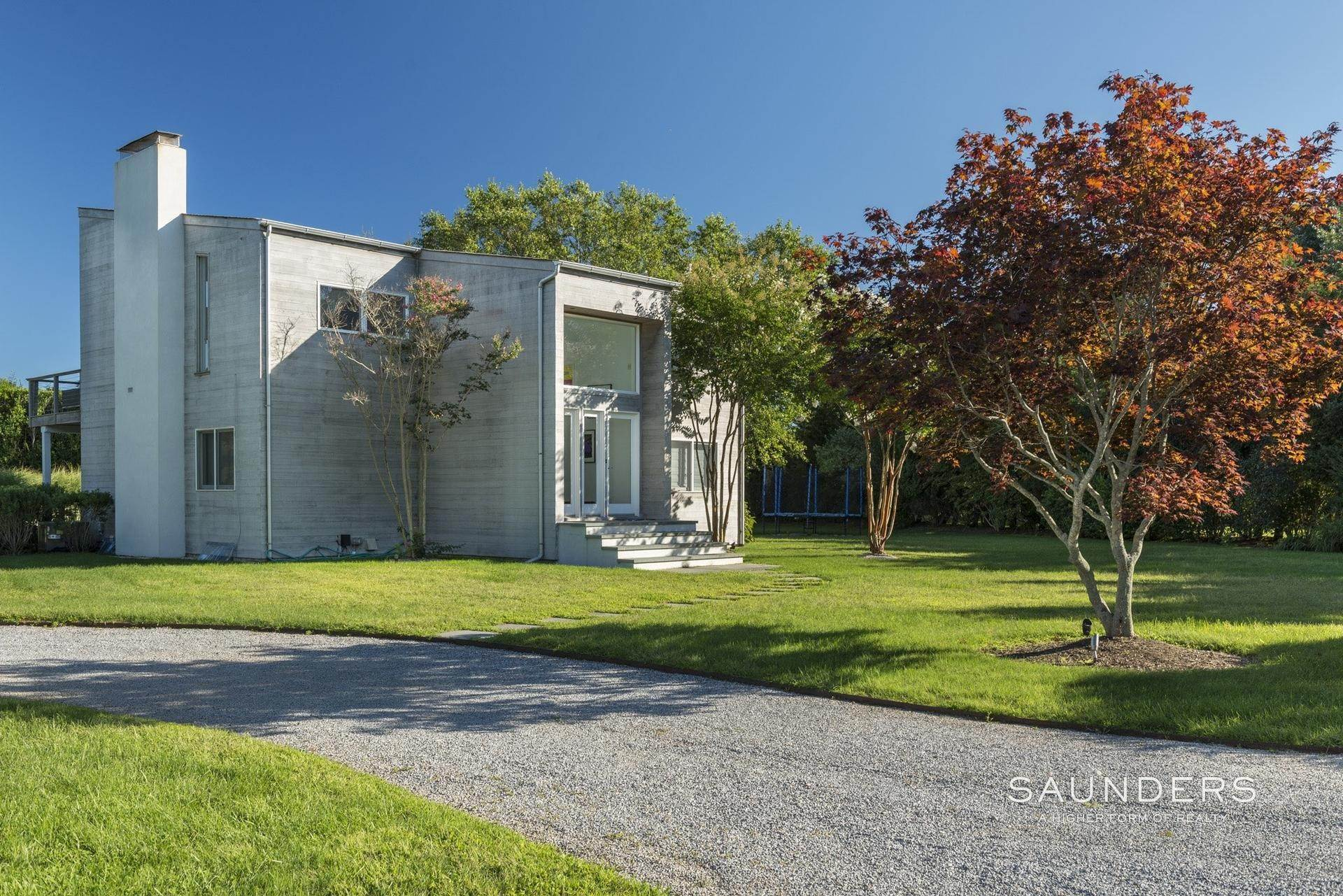 5. Single Family Homes for Sale at Beach Lover's Dream 107 Town Line Road, Wainscott, East Hampton Town, NY 11975