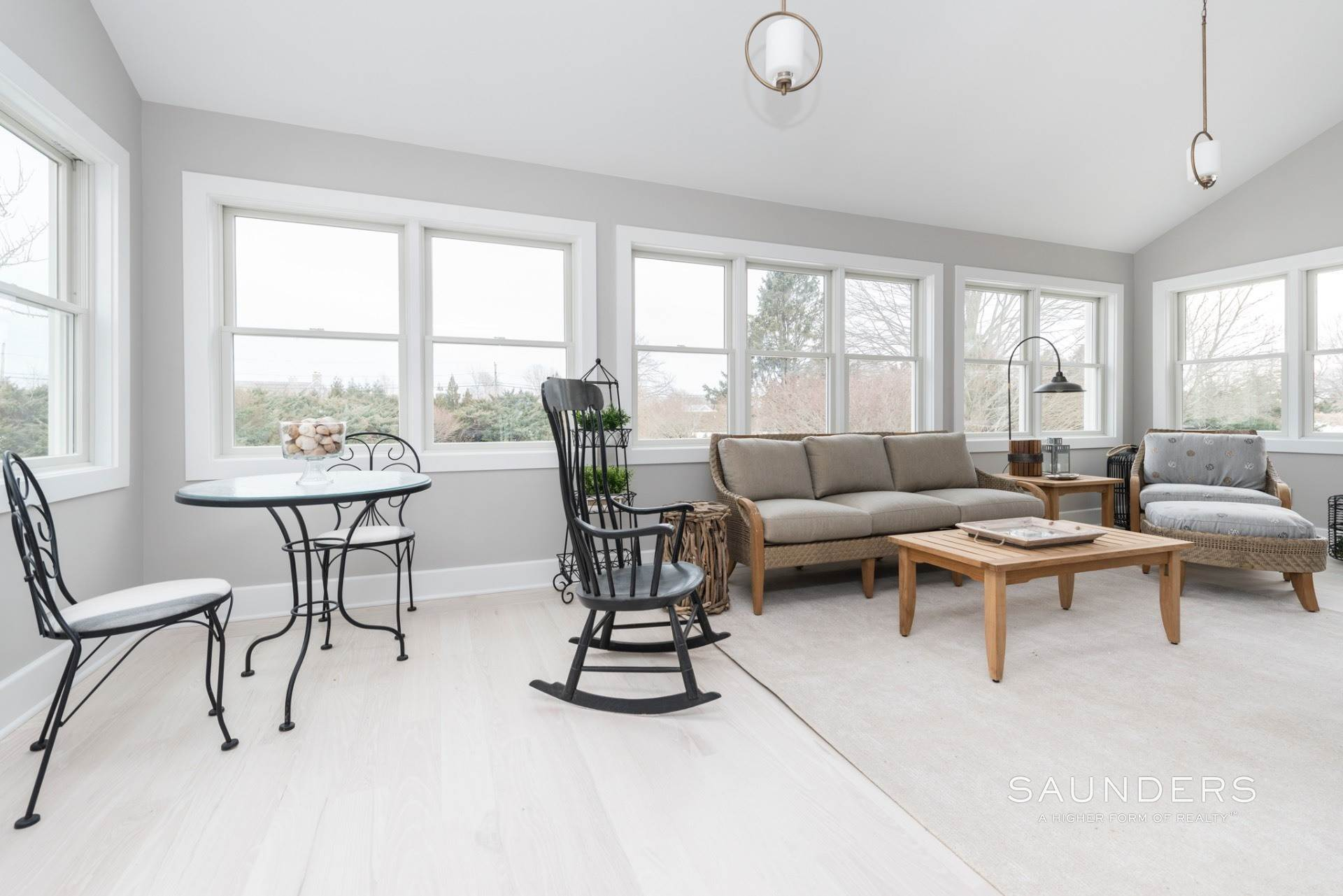 6. Single Family Homes for Sale at New Sagaponack Modern Farmhouse On Reserve Sagaponack Village, Southampton Town, NY 11962