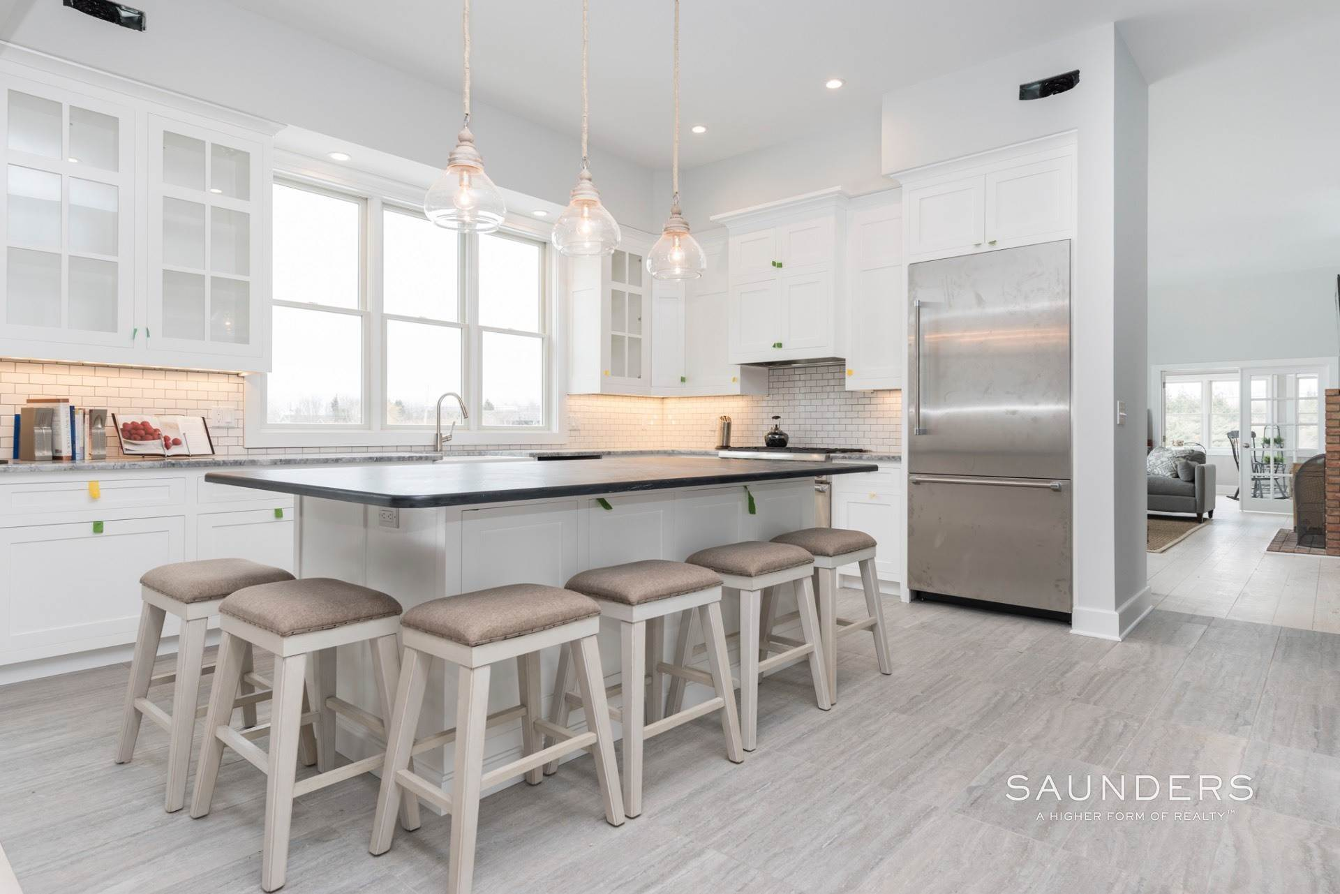 7. Single Family Homes for Sale at New Sagaponack Modern Farmhouse On Reserve Sagaponack Village, Southampton Town, NY 11962