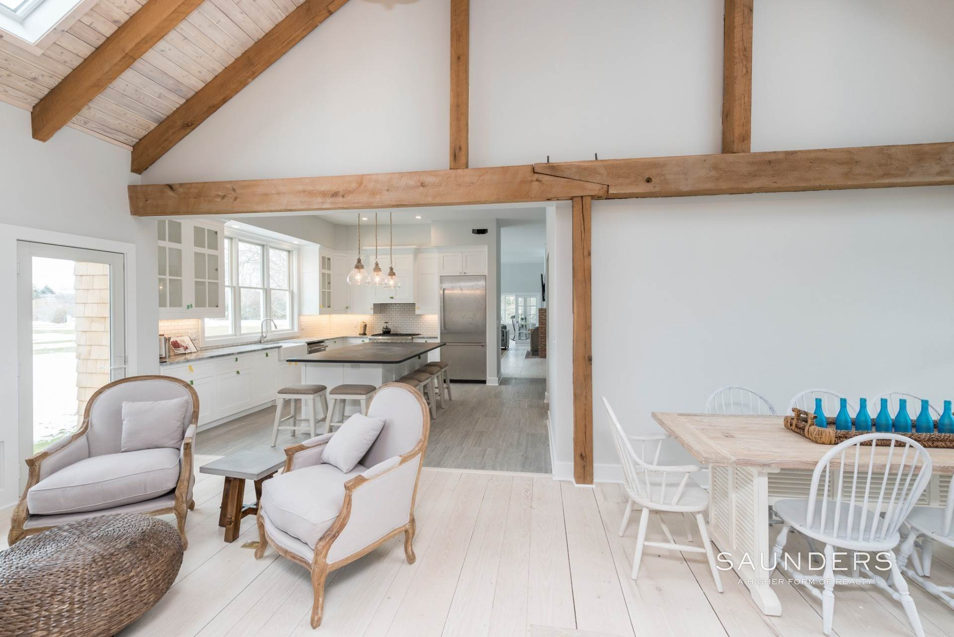 9. Single Family Homes for Sale at New Sagaponack Modern Farmhouse On Reserve Sagaponack Village, Southampton Town, NY 11962