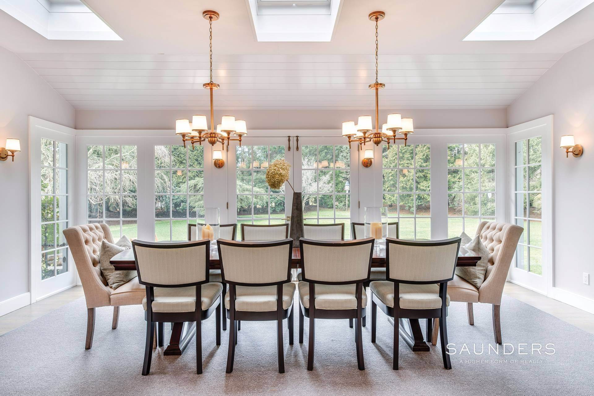 8. Single Family Homes for Sale at East Hampton Village 4 Carriage Court, East Hampton, East Hampton Town, NY 11937
