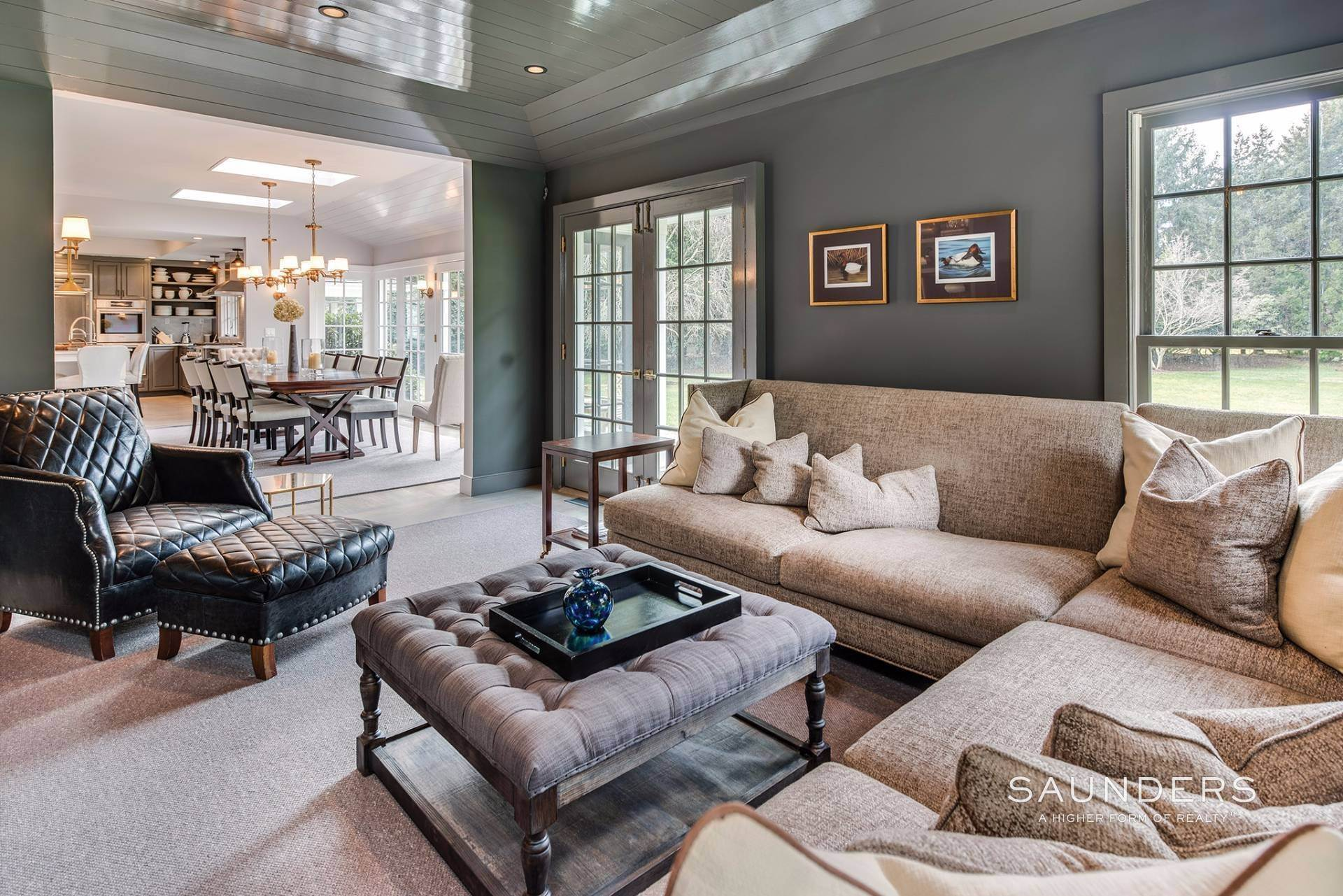 13. Single Family Homes for Sale at East Hampton Village 4 Carriage Court, East Hampton, East Hampton Town, NY 11937