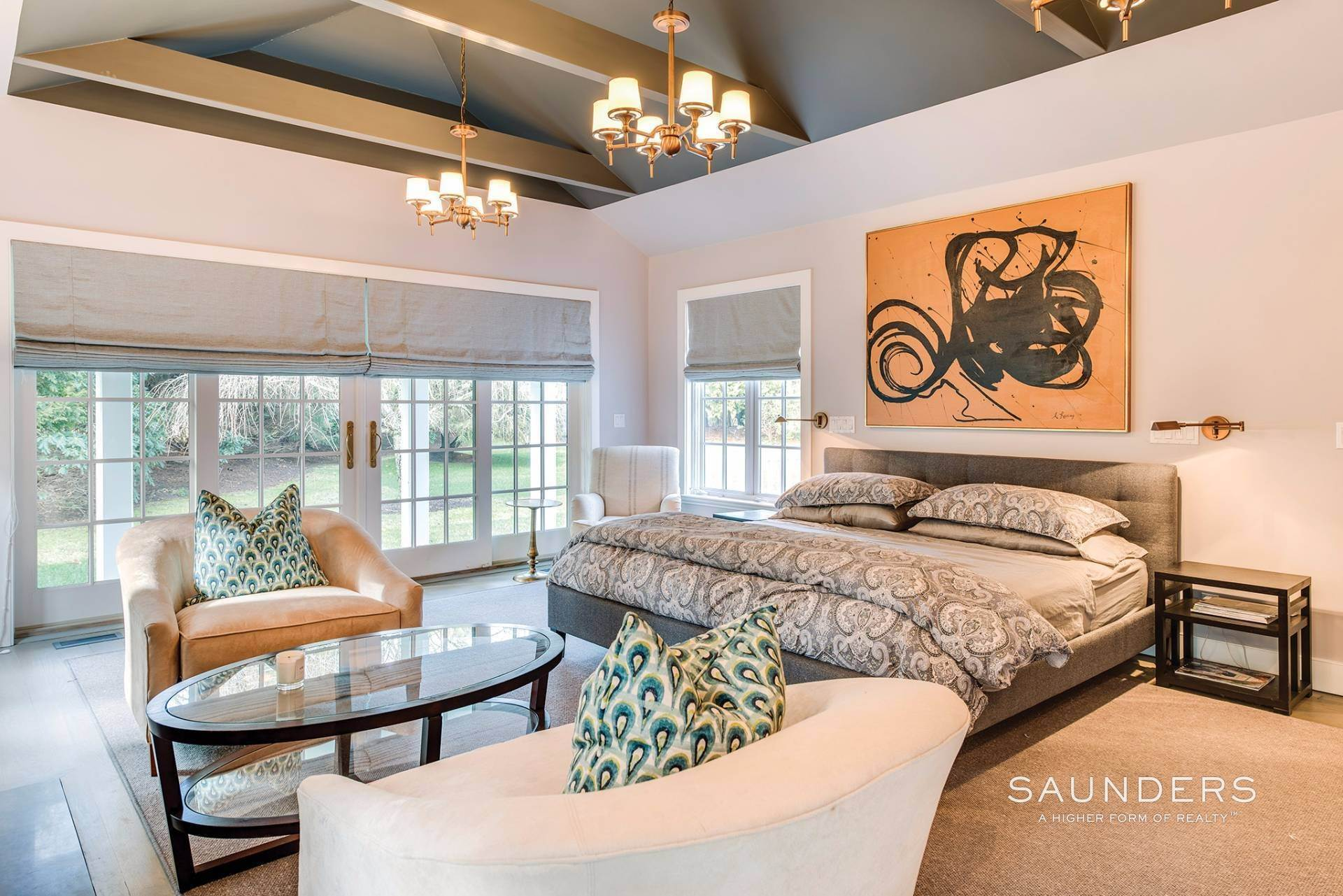 14. Single Family Homes for Sale at East Hampton Village 4 Carriage Court, East Hampton, East Hampton Town, NY 11937