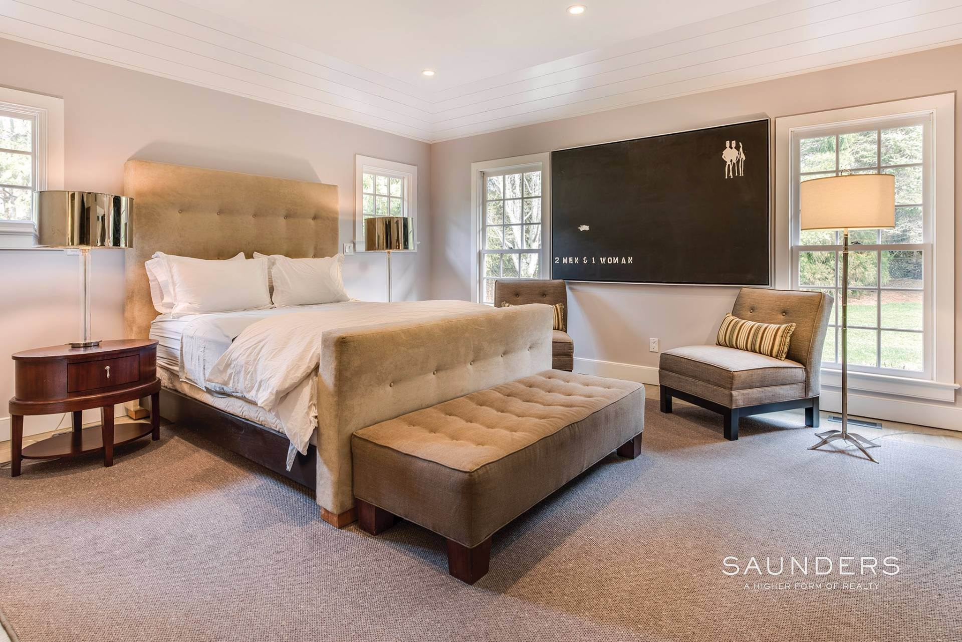 17. Single Family Homes for Sale at East Hampton Village 4 Carriage Court, East Hampton, East Hampton Town, NY 11937