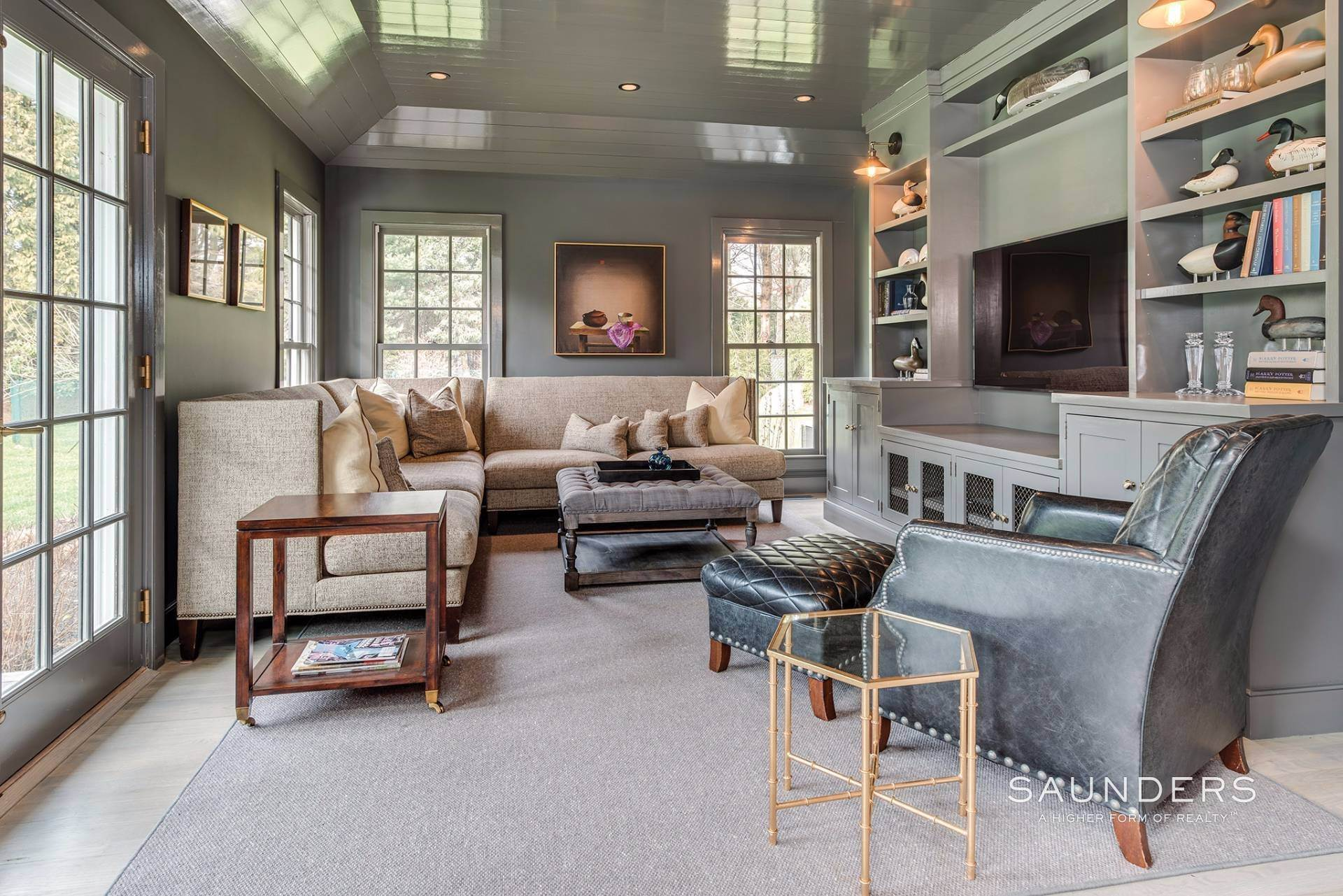 12. Single Family Homes for Sale at East Hampton Village 4 Carriage Court, East Hampton, East Hampton Town, NY 11937