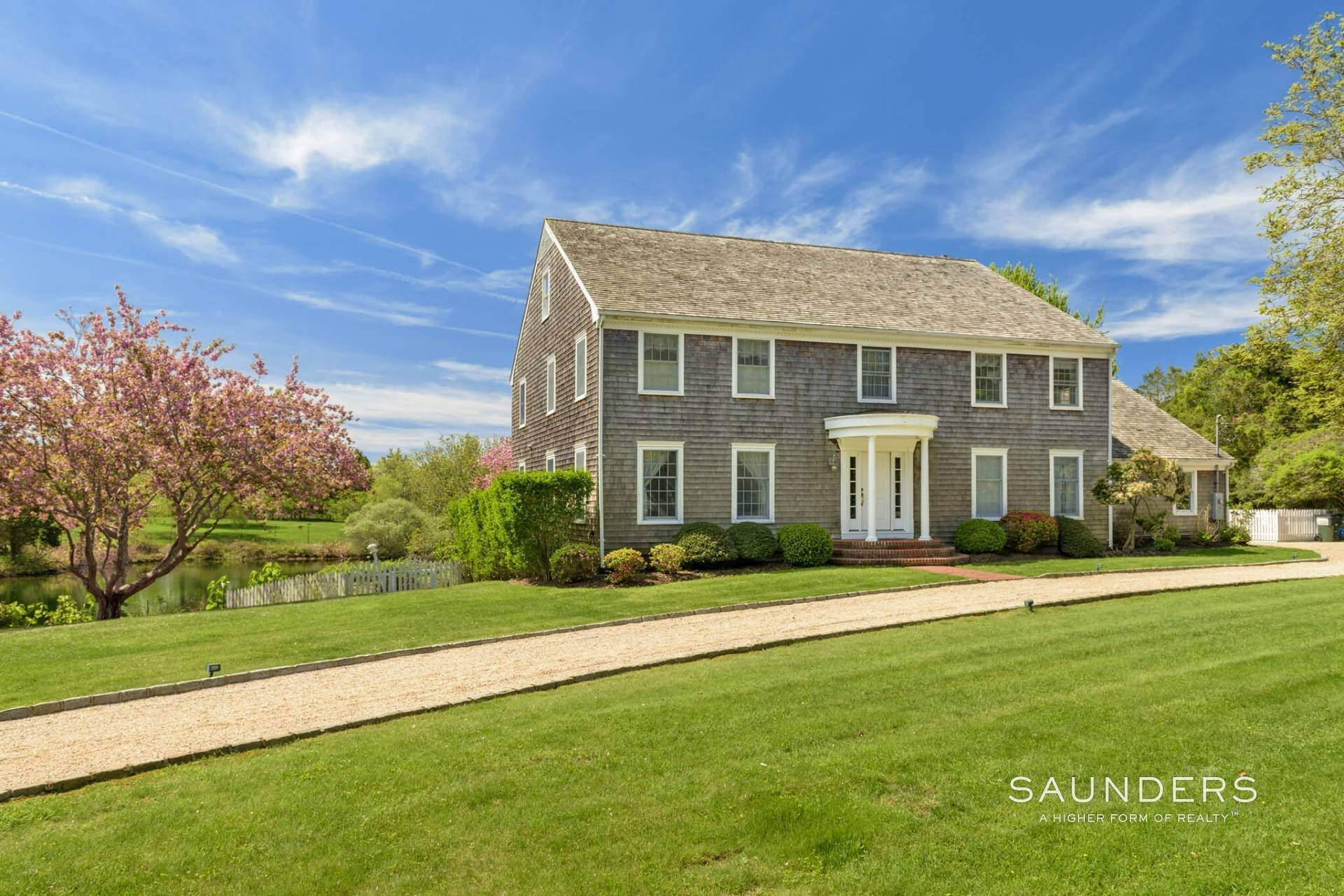 17. Single Family Homes for Sale at Waterfront Home In Southampton Village Estate Section 370 Great Plains Road, Southampton, Southampton Town, NY 11968