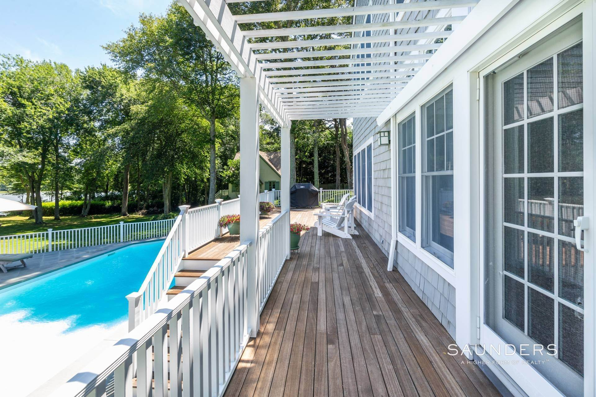 17. Single Family Homes for Sale at Waterfront Compound 403 Head Of Pond Road, Water Mill, Southampton Town, NY 11976