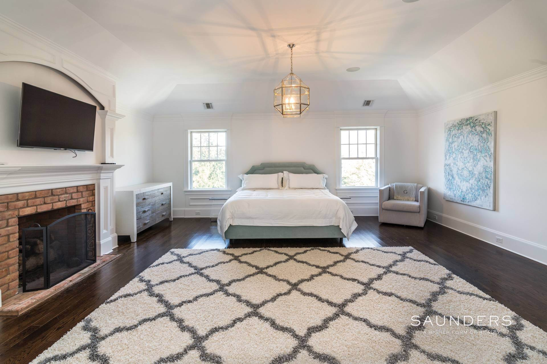11. Single Family Homes at Magnificent Southampton Village Estate Section Rental 45 Captains Neck Lane, Southampton, Southampton Town, NY 11968