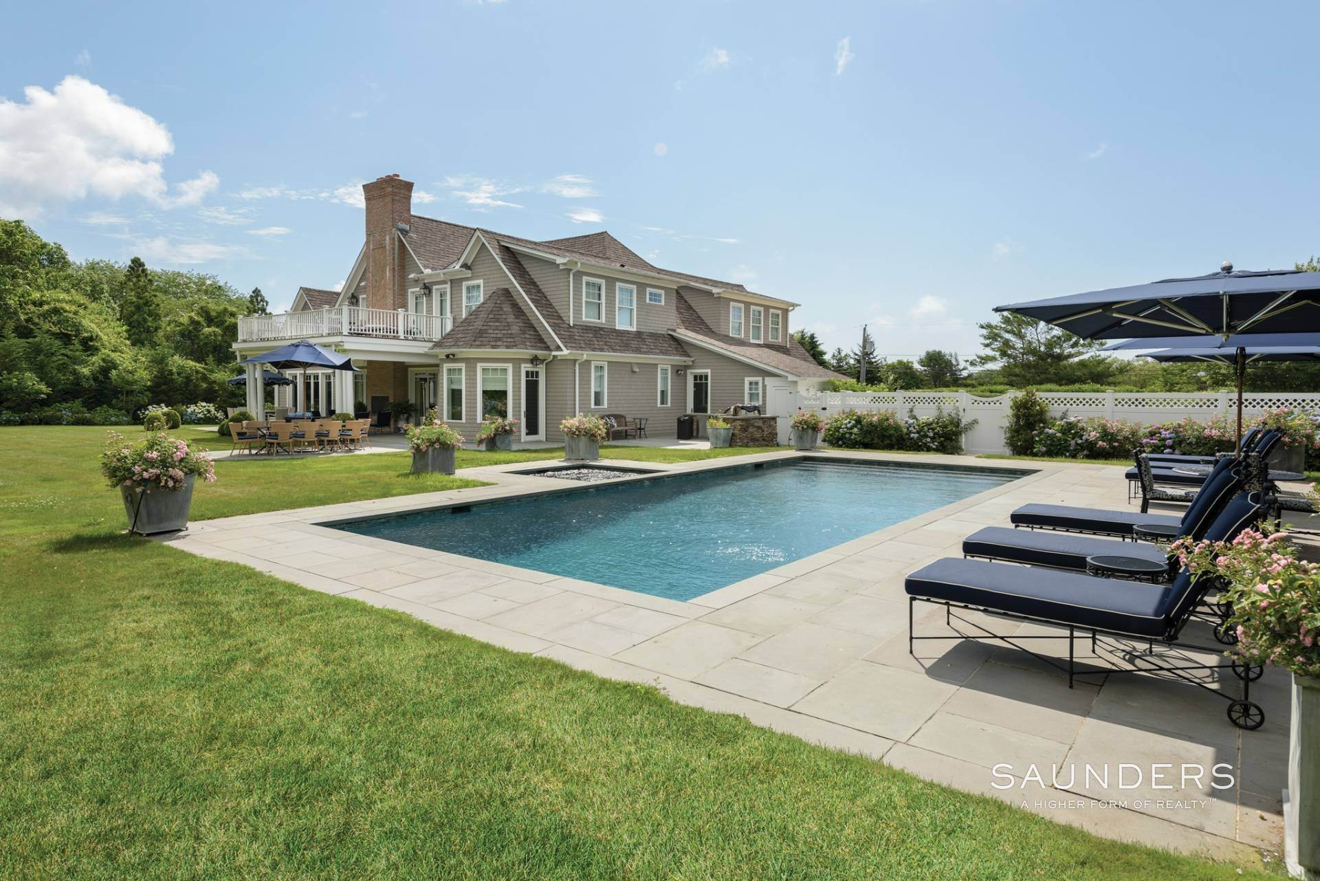 3. Single Family Homes for Sale at Pristine Shingled Traditional In Bridgehampton South Bridgehampton, Southampton Town, NY 11976