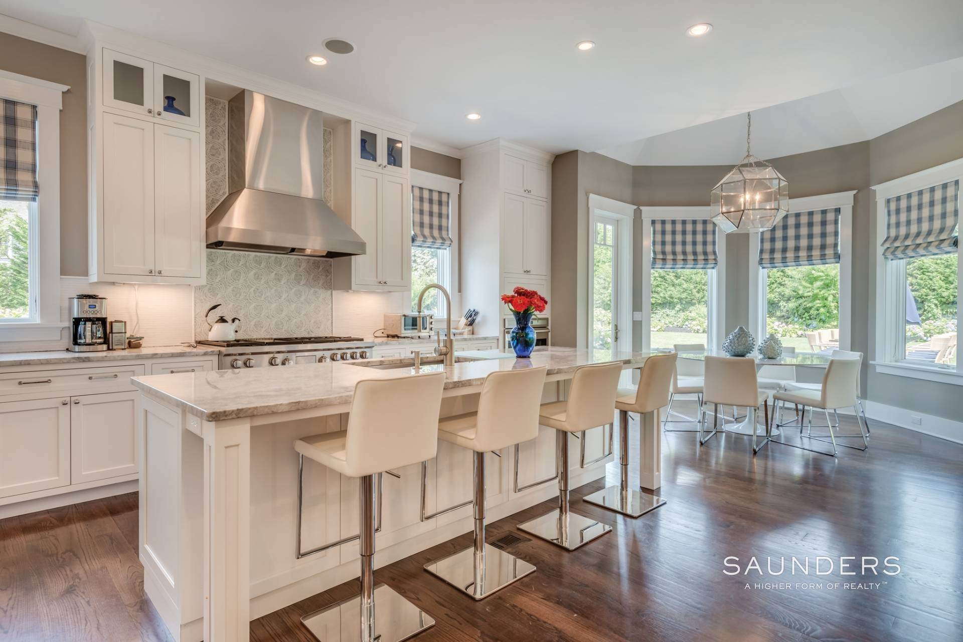 10. Single Family Homes for Sale at Pristine Shingled Traditional In Bridgehampton South Bridgehampton, Southampton Town, NY 11976