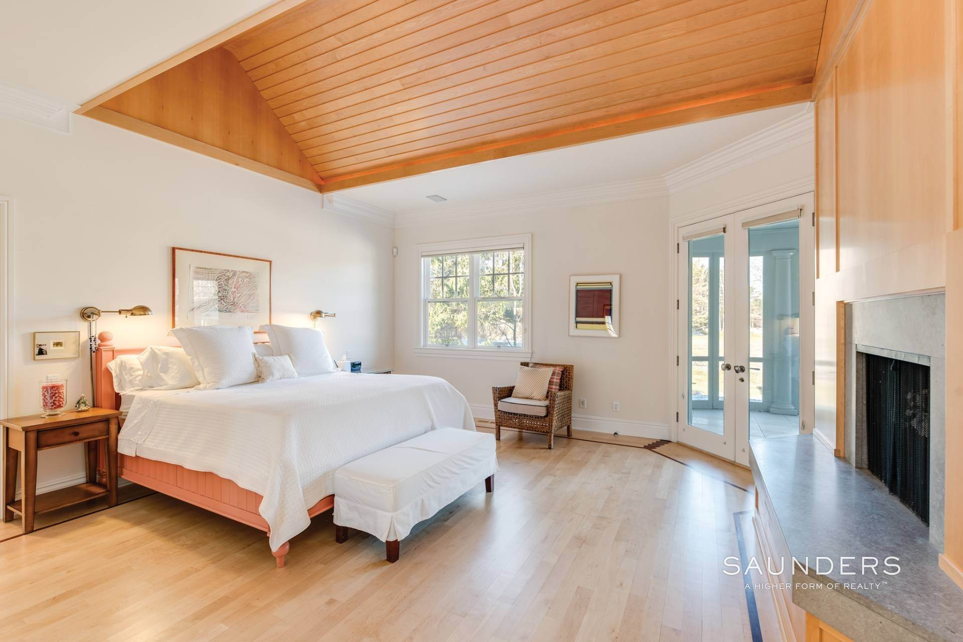 15. Single Family Homes at Extraordinary East Hampton Estate 7 Middle Lane, East Hampton, East Hampton Town, NY 11937