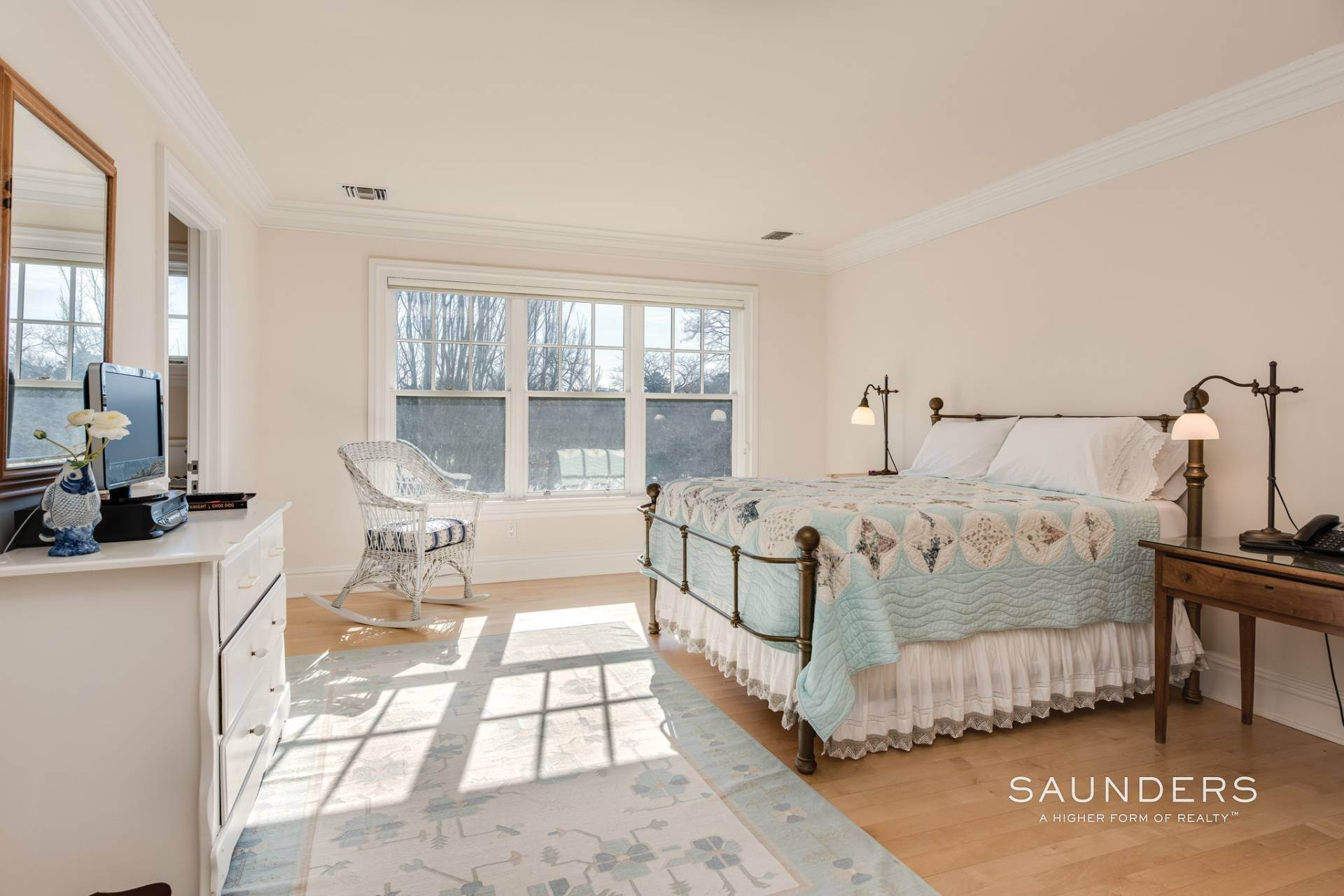 23. Single Family Homes at Extraordinary East Hampton Estate 7 Middle Lane, East Hampton, East Hampton Town, NY 11937