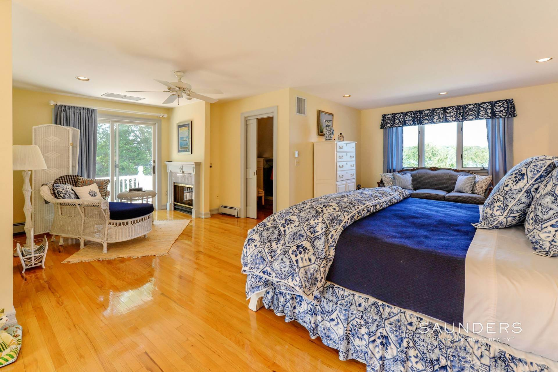 13. Single Family Homes for Sale at Estate Section Compound With Deep Water Dock, Sandy Beach, Pool 58 Westmoreland Drive, Shelter Island Heights, Shelter Island, NY 11964