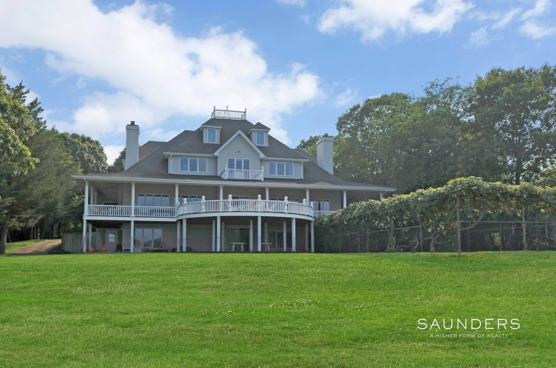 23. Single Family Homes for Sale at Estate Section Compound With Deep Water Dock, Sandy Beach, Pool 58 Westmoreland Drive, Shelter Island Heights, Shelter Island, NY 11964