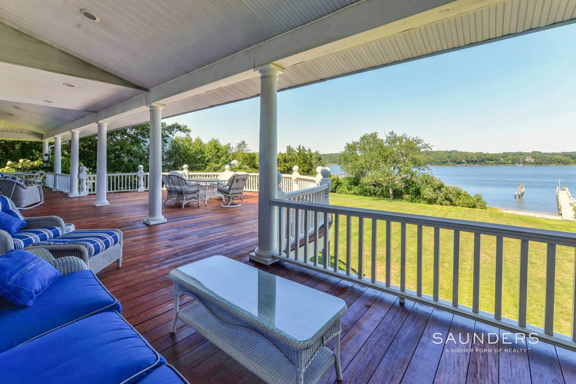 22. Single Family Homes for Sale at Estate Section Compound With Deep Water Dock, Sandy Beach, Pool 58 Westmoreland Drive, Shelter Island Heights, Shelter Island, NY 11964