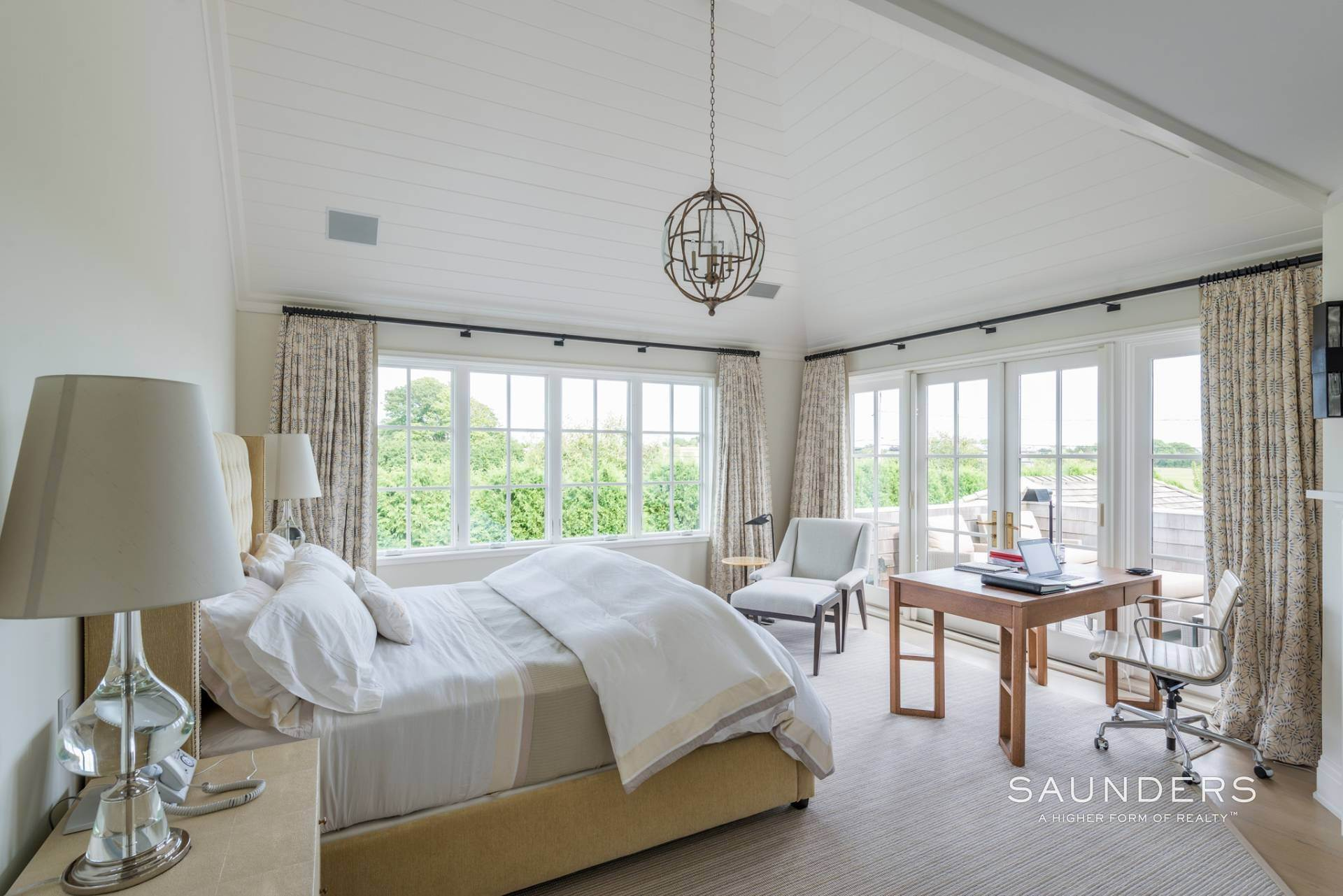 16. Single Family Homes at Dream Come True Rental In Sagaponack 216 Parsonage Lane, Sagaponack Village, Southampton Town, NY 11962