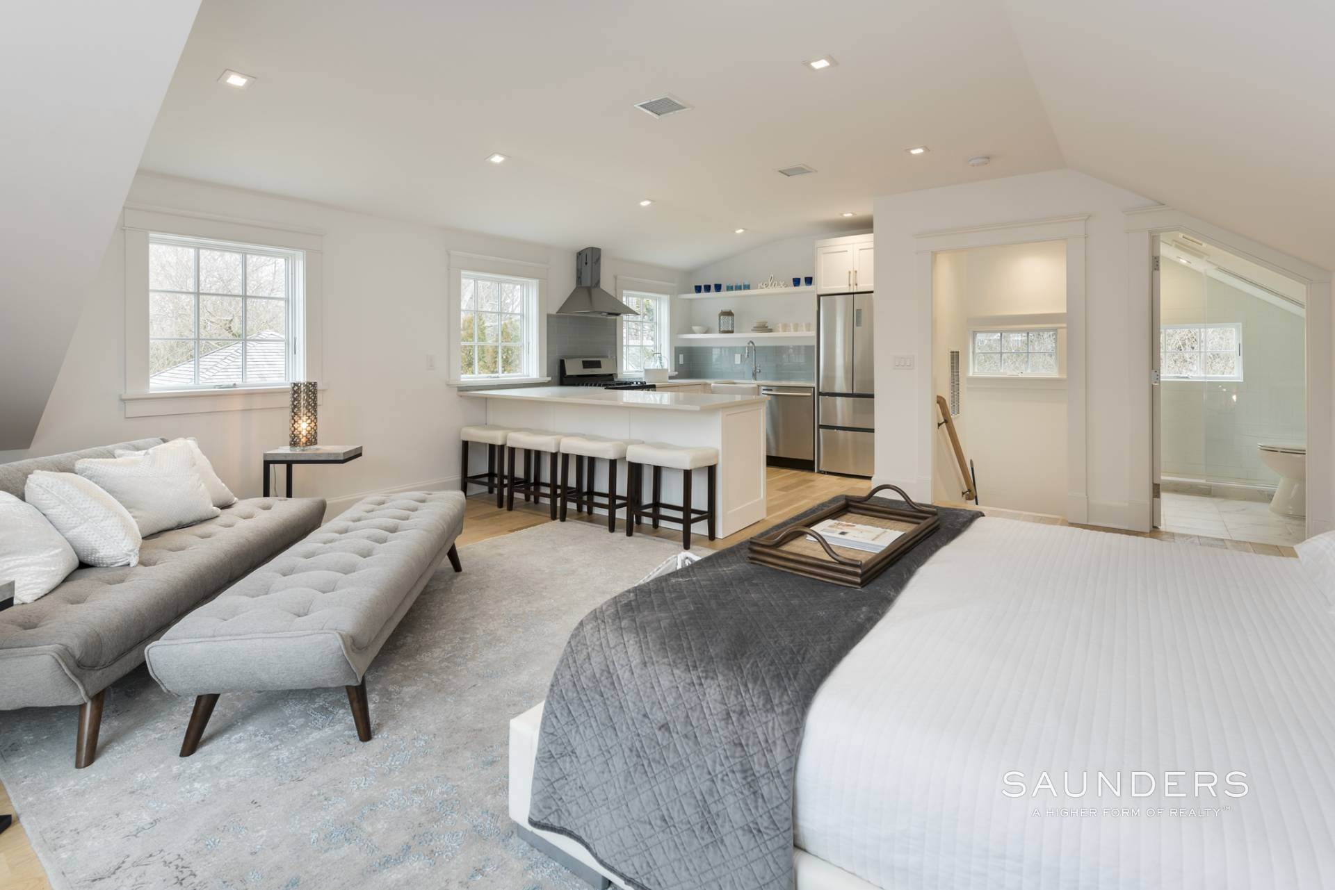 22. Single Family Homes at Southampton Village New Construction With Carriage House Southampton, Southampton Town, NY 11968