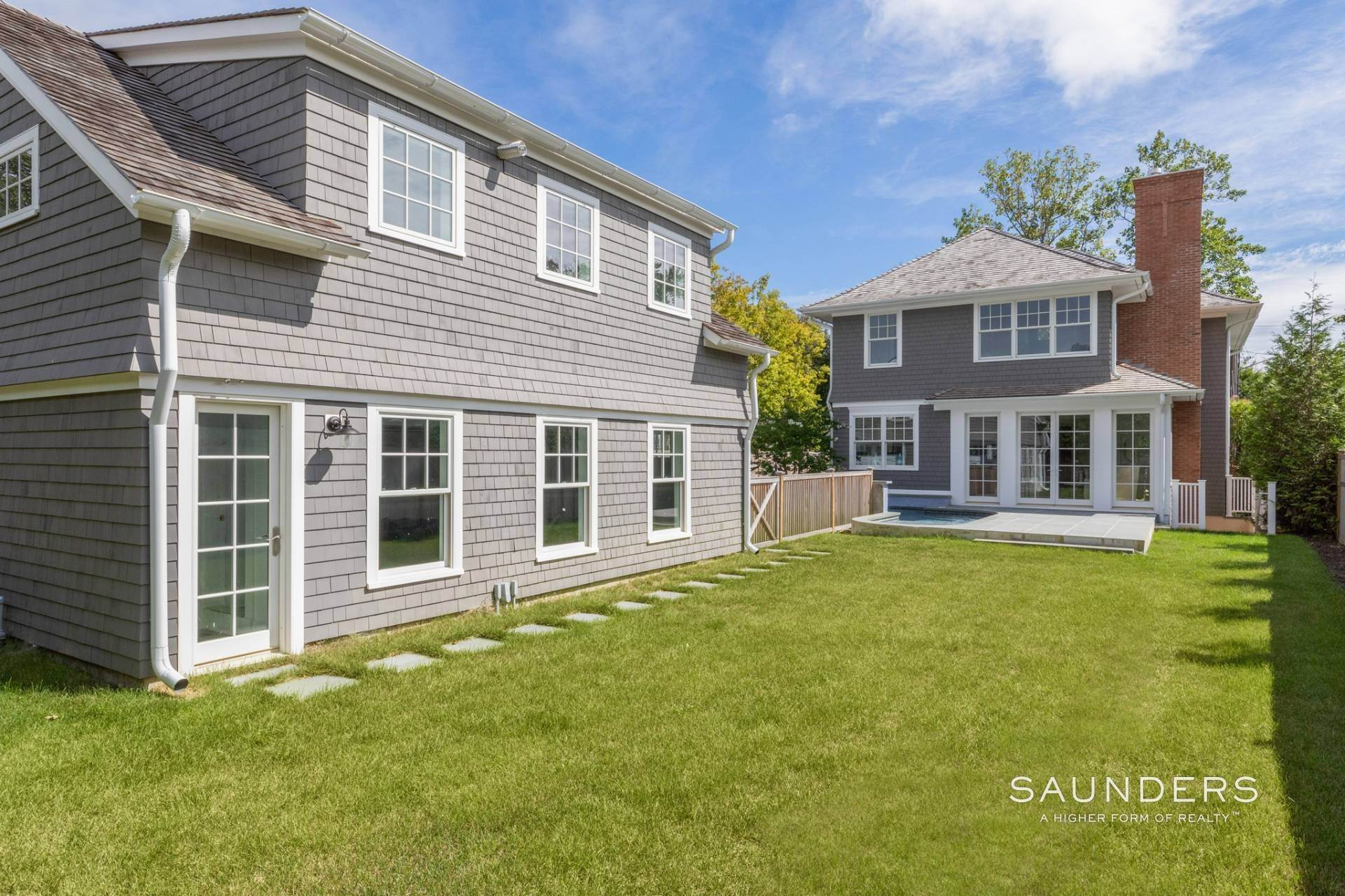 20. Single Family Homes at Southampton Village New Construction With Carriage House Southampton, Southampton Town, NY 11968