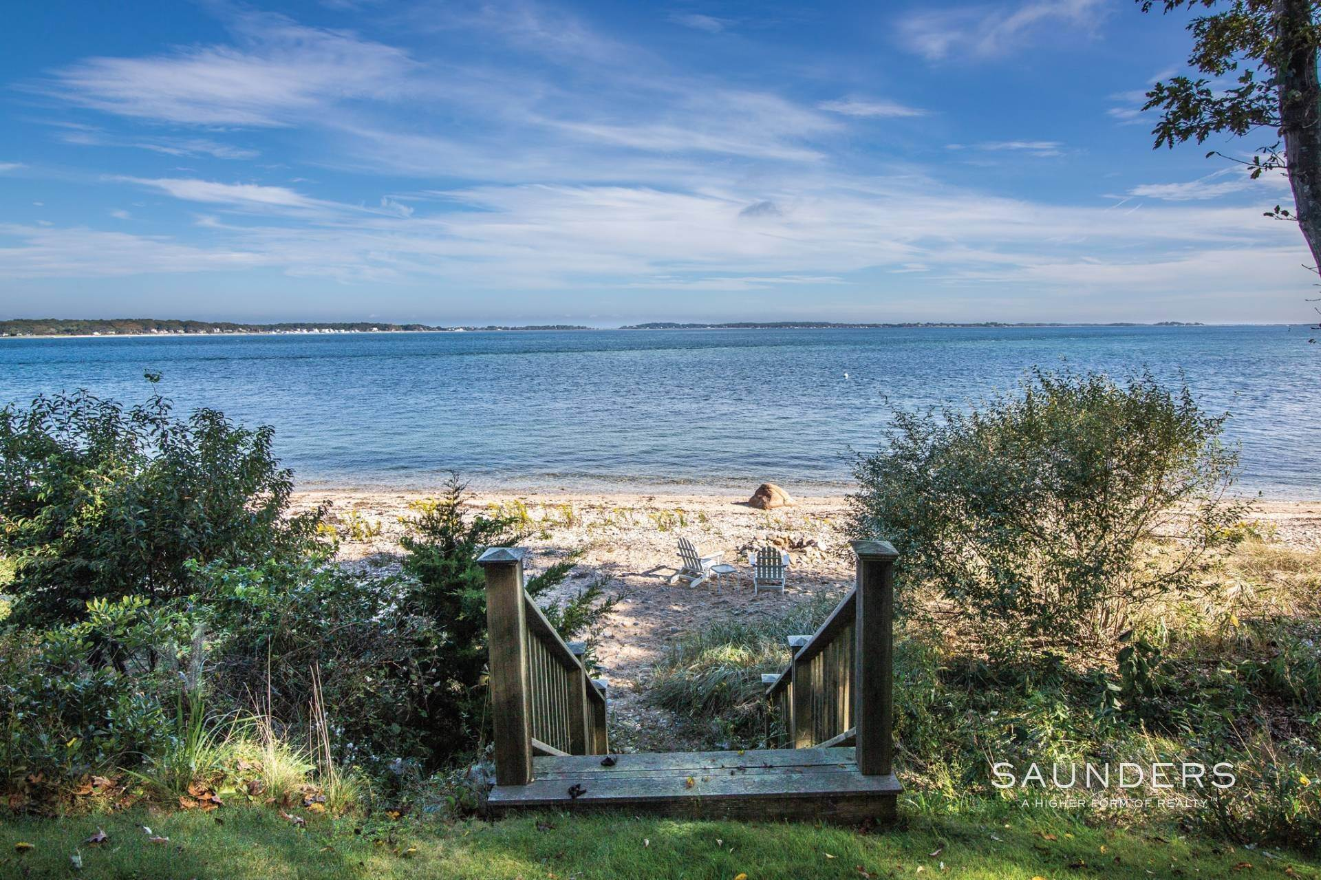 5. Single Family Homes for Sale at Shelter Island Bayfront With Infinity Edge Pool And Sandy Beach 17 Point Lane, Shelter Island Heights, Shelter Island, NY 11964