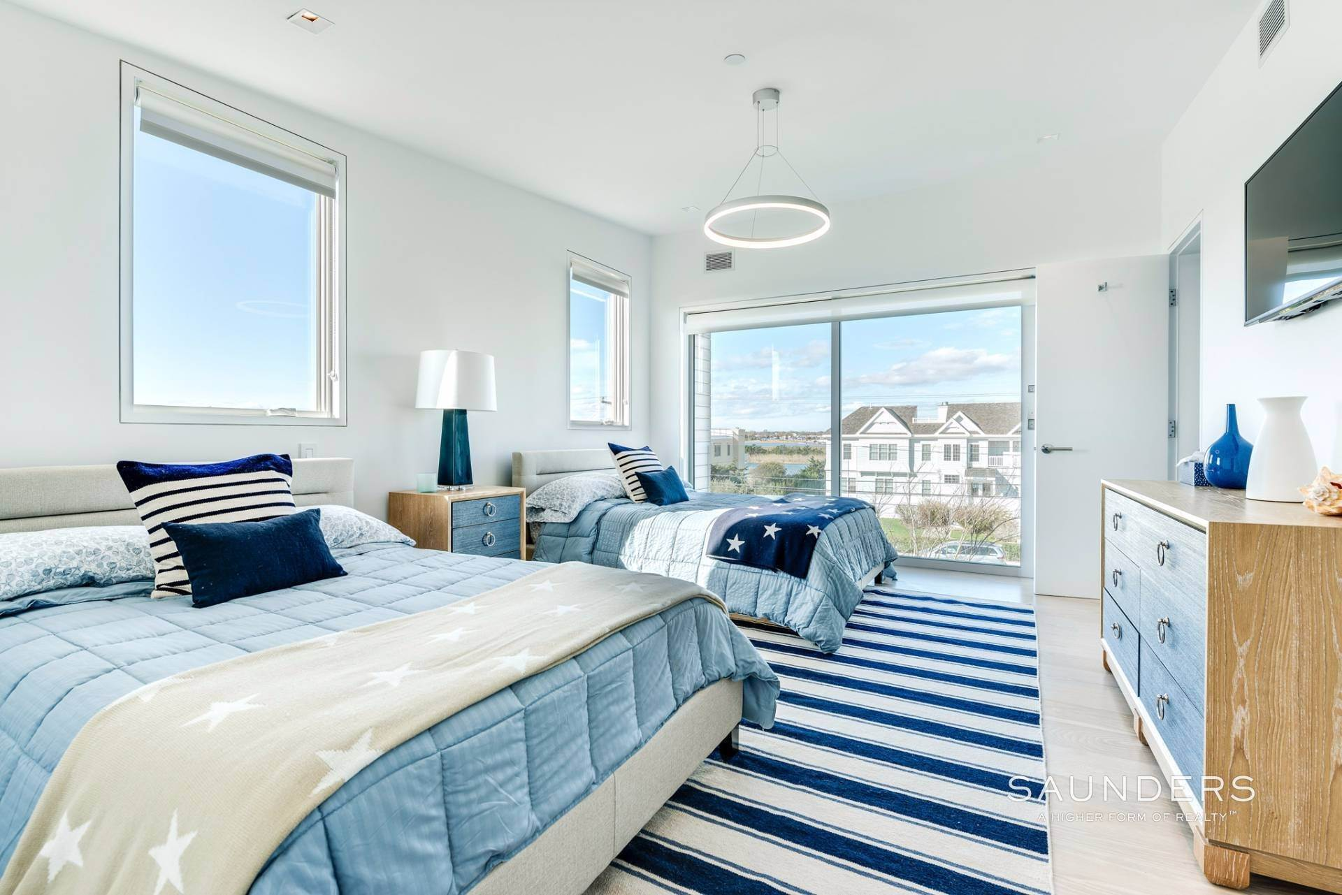 21. Single Family Homes for Sale at Modern Oceanfront Masterpiece 'Between The Bridges' Westhampton Beach Village, Southampton Town, NY 11968