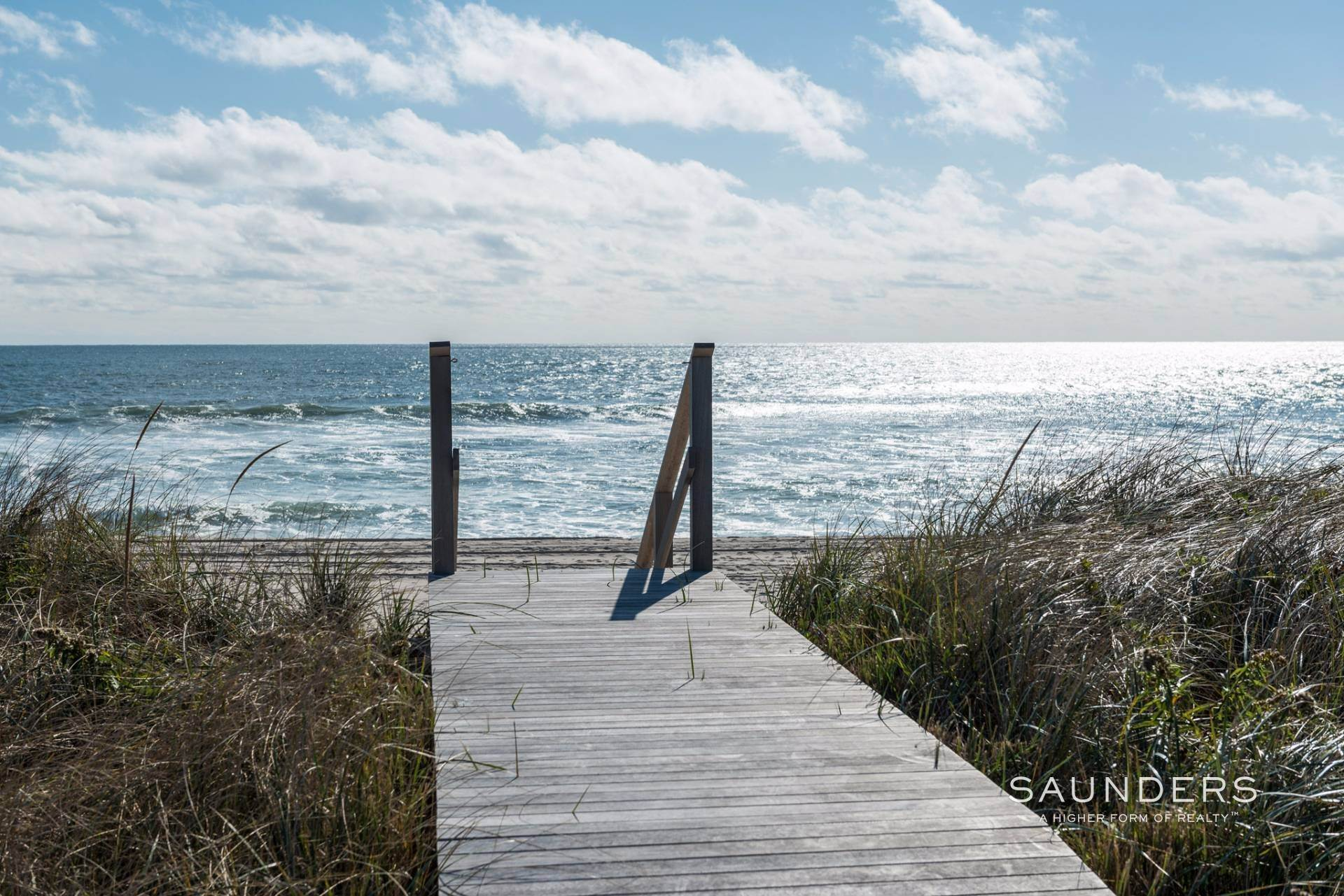 24. Single Family Homes for Sale at Modern Oceanfront Masterpiece 'Between The Bridges' Westhampton Beach Village, Southampton Town, NY 11968