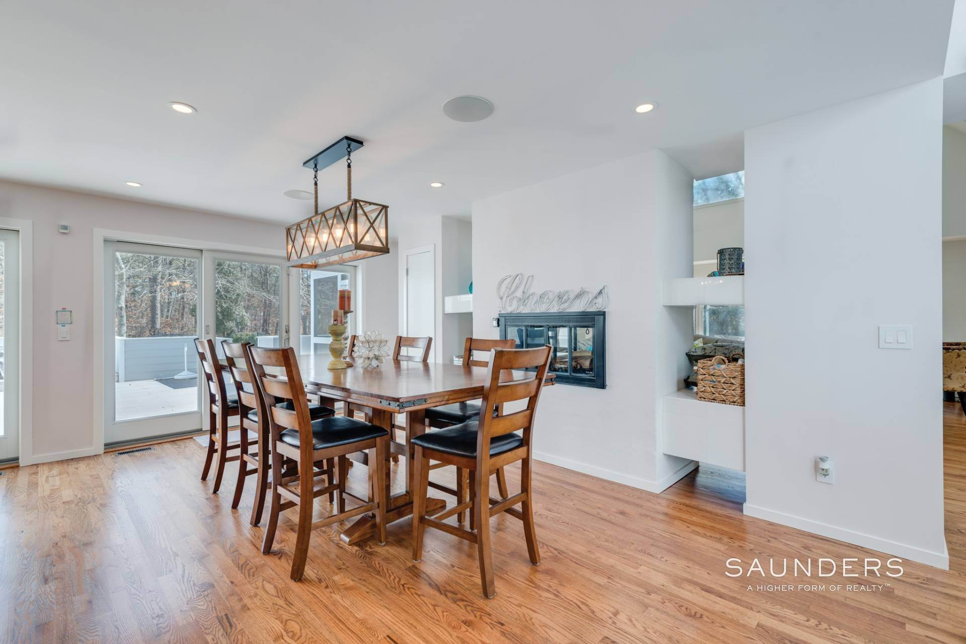 6. Single Family Homes at East Quogue Contemporary East Quogue, Southampton Town, NY 11942