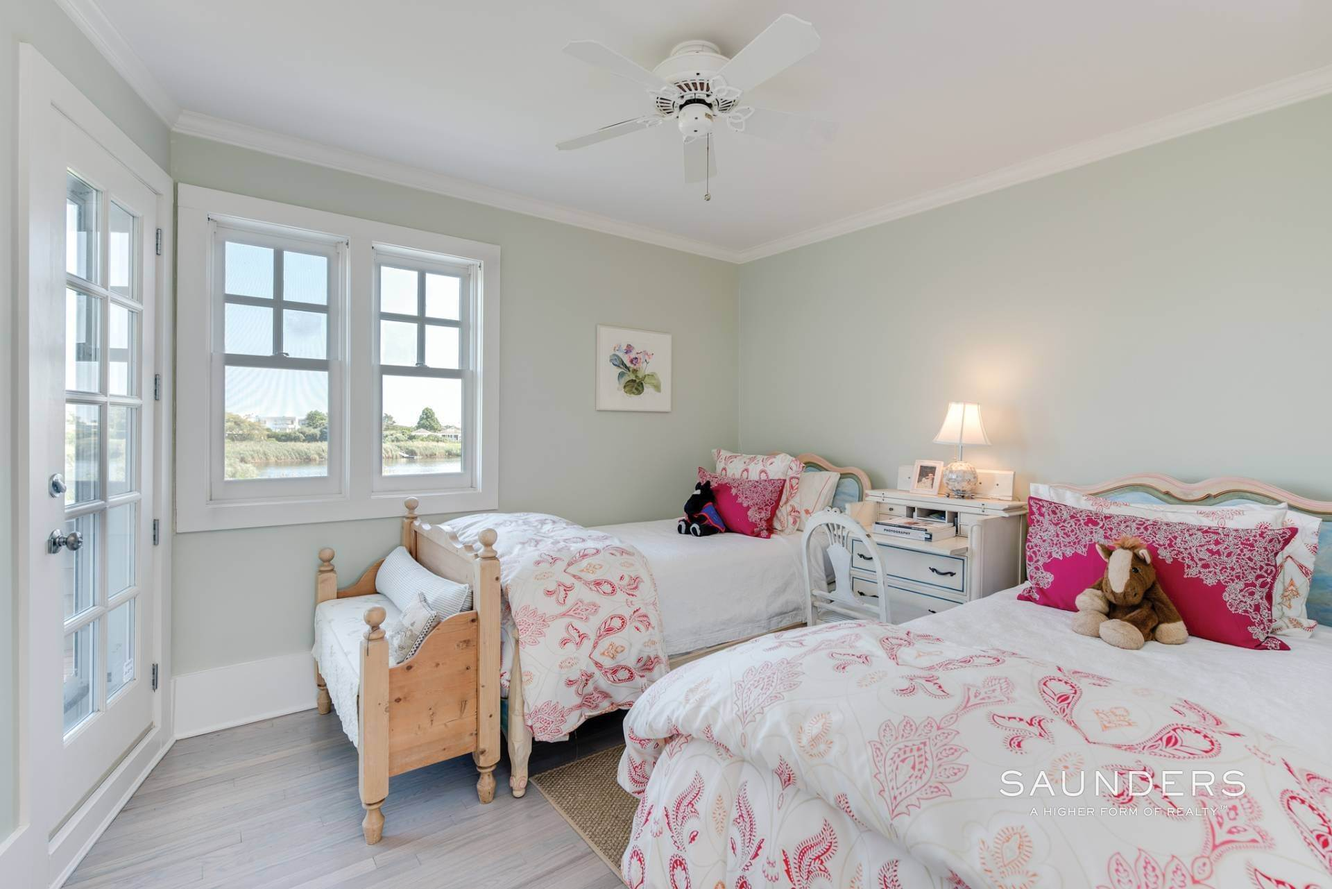 15. Single Family Homes for Sale at Bridgehampton South Waterfront With Dock & Ocean View 87 Rose Way, Bridgehampton, Southampton Town, NY 11932