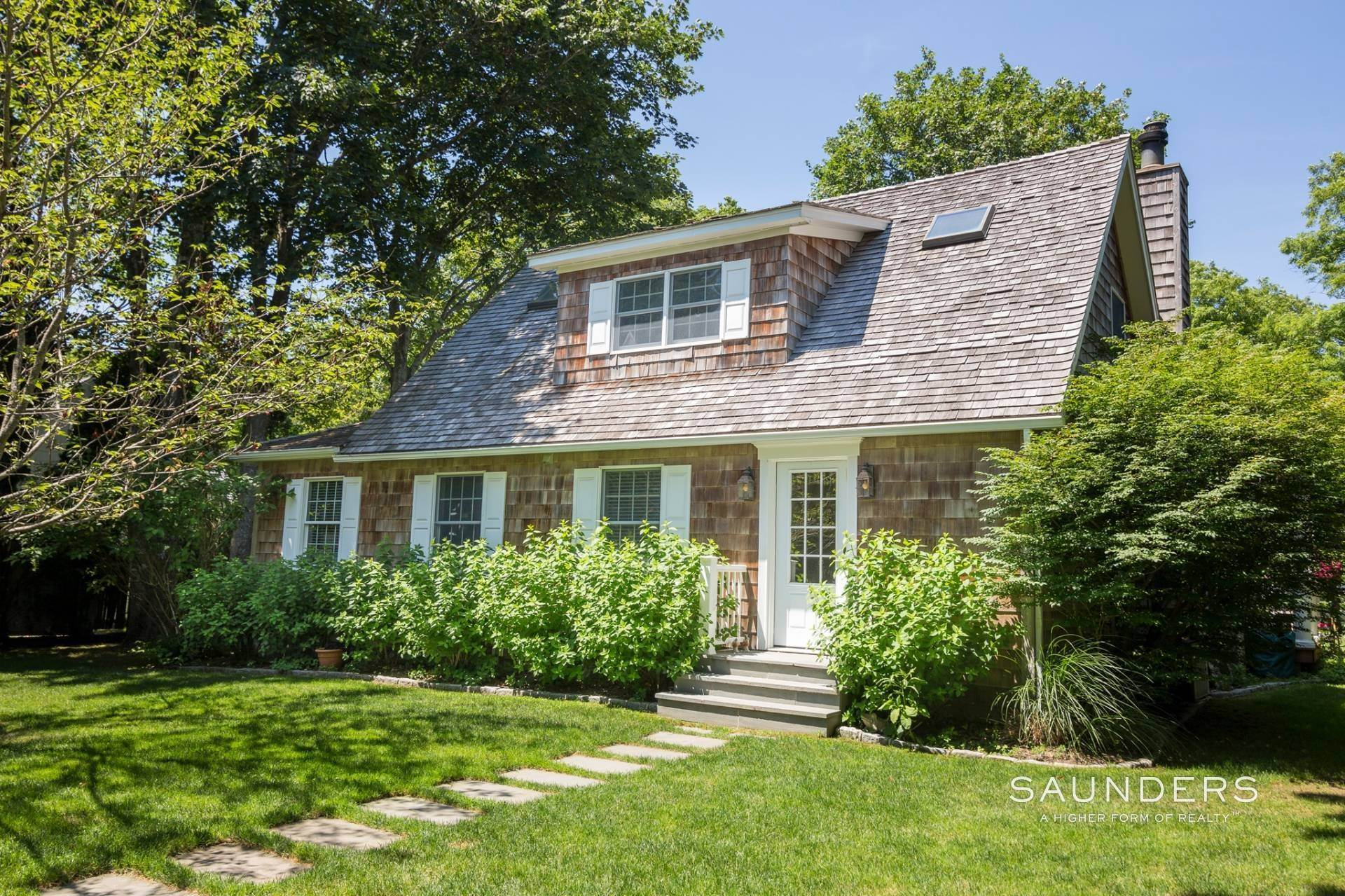 2. Single Family Homes for Sale at Once Upon A Time, In East Hampton Village... 156 Montauk Highway, East Hampton, East Hampton Town, NY 11937