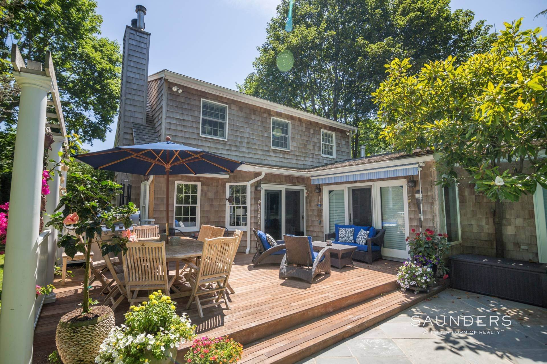 18. Single Family Homes for Sale at Once Upon A Time, In East Hampton Village... 156 Montauk Highway, East Hampton, East Hampton Town, NY 11937
