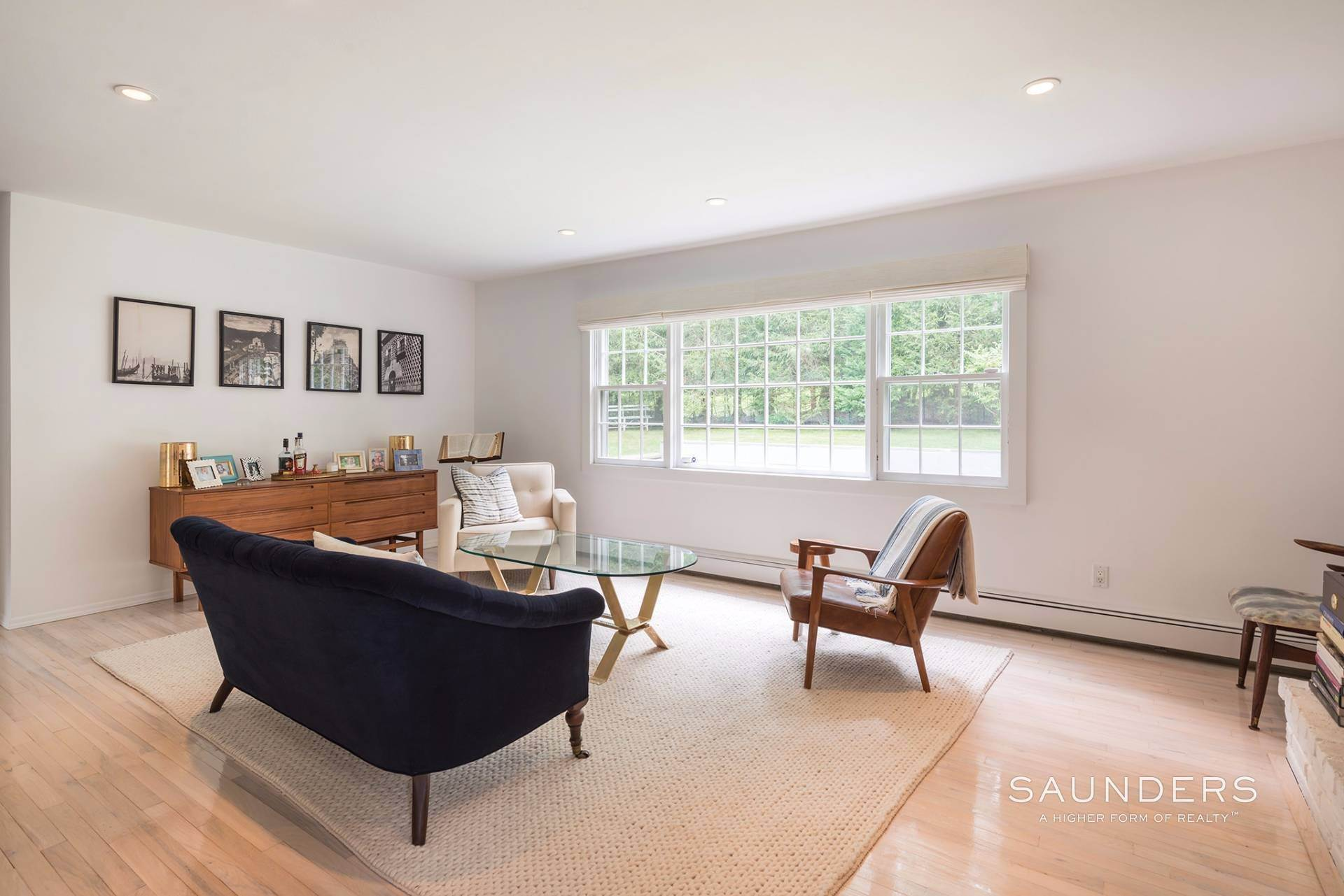 3. Single Family Homes at Perfect Cottage Charm Down By The Beach 9 Whalebone Landing Road, Southampton, Southampton Town, NY 11968