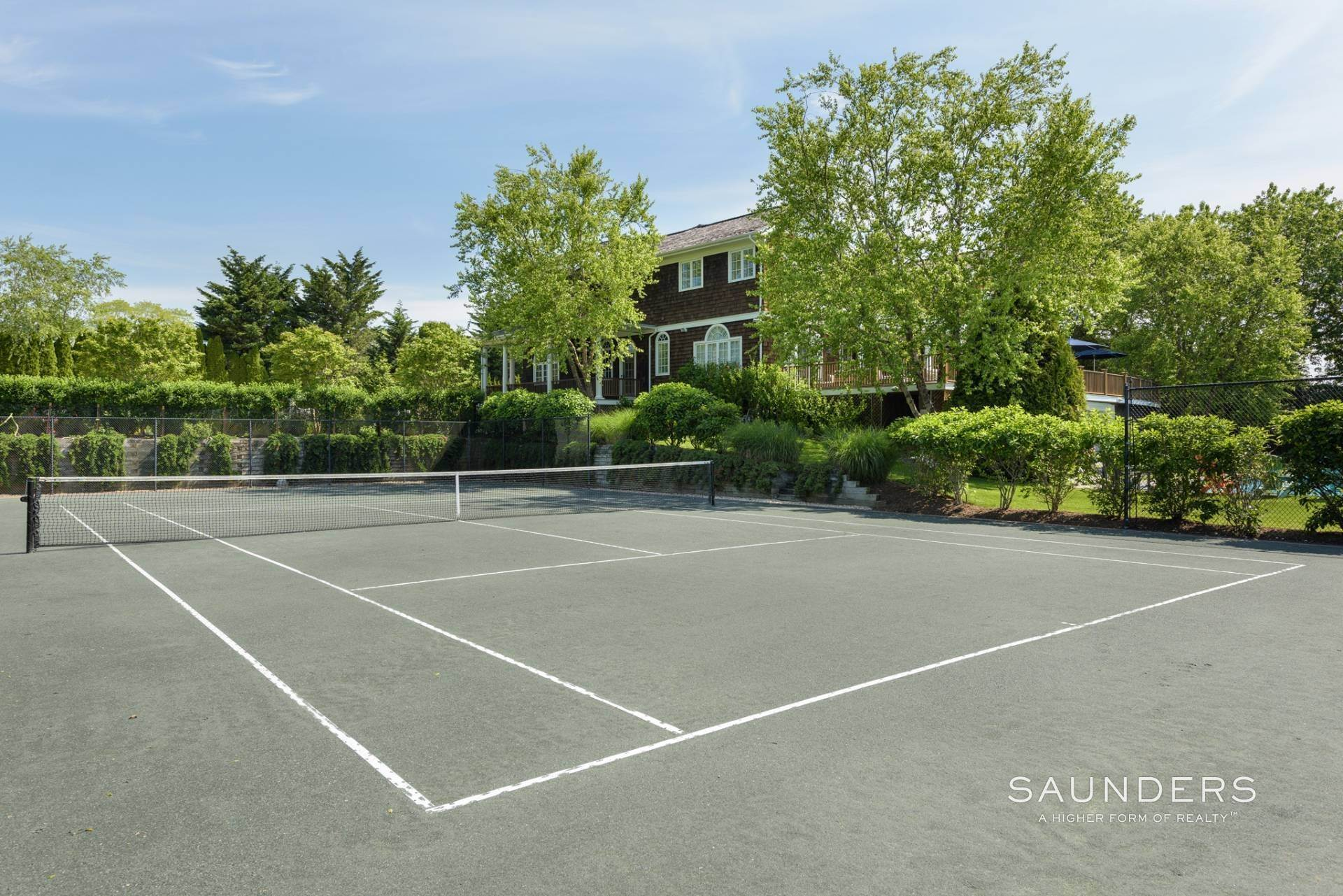 19. Single Family Homes for Sale at Southampton South Of Highway 24 Petrel Road, Southampton, Southampton Town, NY 11968