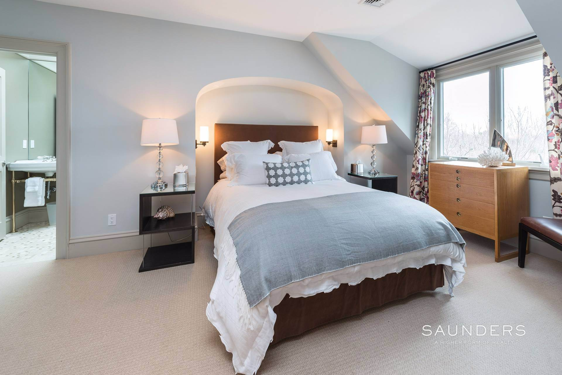 17. Single Family Homes for Sale at Water Mill South Estate With Resort Amenities 34 Cobb Hill Lane, Water Mill, Southampton Town, NY 11976