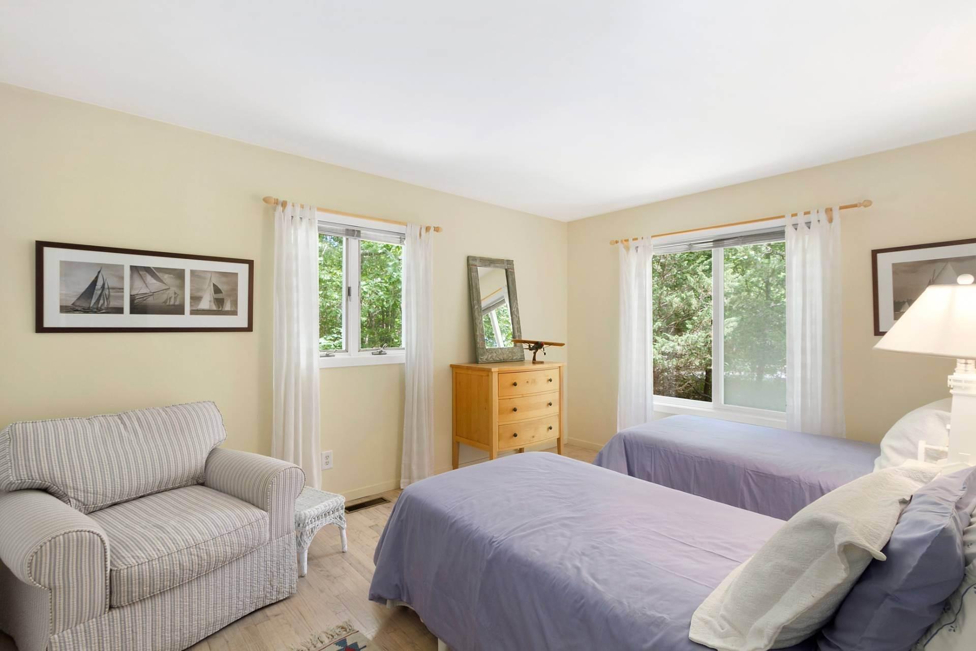 10. Single Family Homes at East Hampton Contemporary East Hampton, East Hampton Town, NY 11937