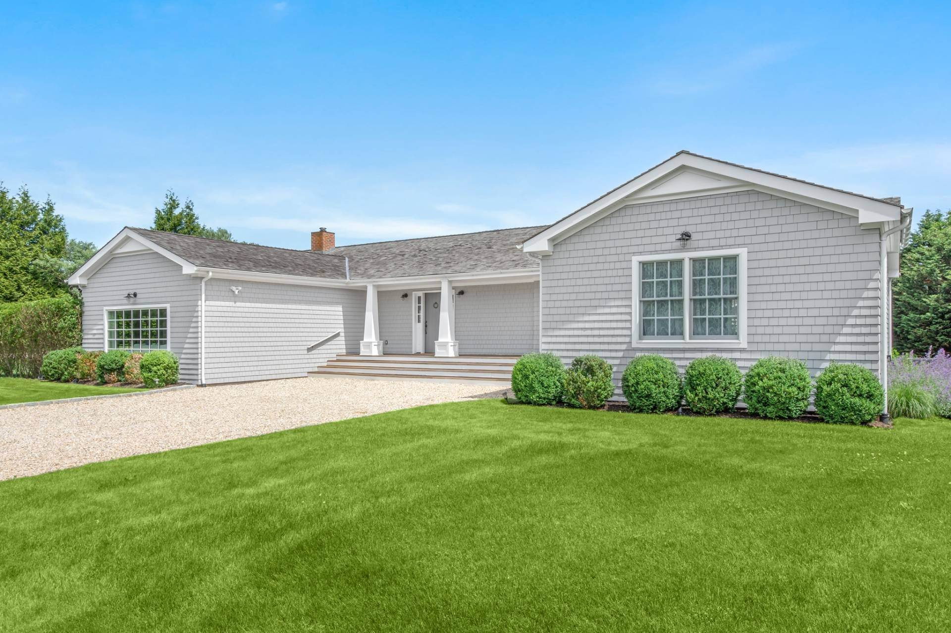 Single Family Homes for Sale at Ready And Renovated Bridgehampton, Southampton Town, NY 11932