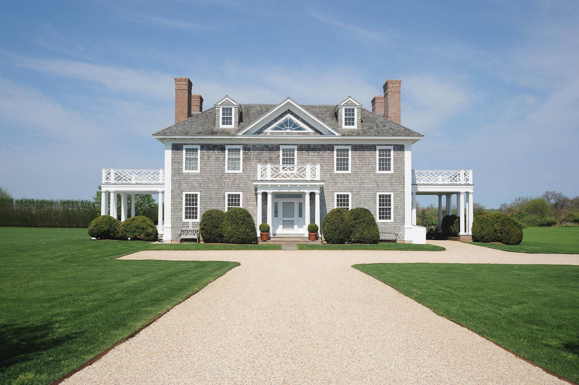 2. Single Family Homes at South Of The Highway Rental 252 Highland Terrace, Bridgehampton, Southampton Town, NY 11932