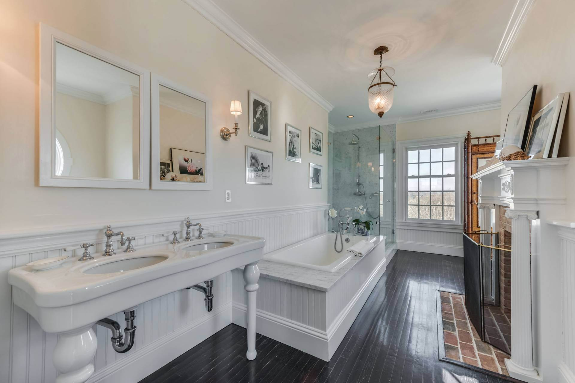 13. Single Family Homes at South Of The Highway Rental 252 Highland Terrace, Bridgehampton, Southampton Town, NY 11932