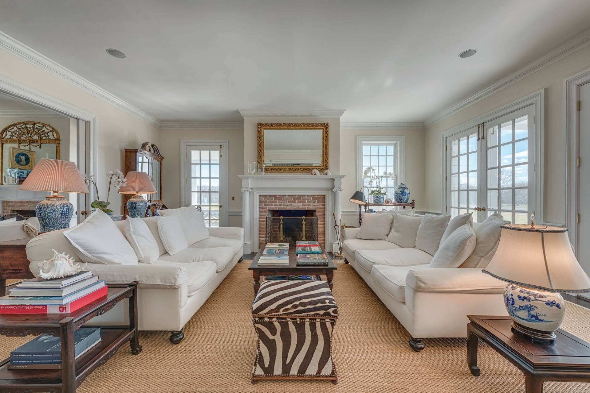 6. Single Family Homes at South Of The Highway Rental 252 Highland Terrace, Bridgehampton, Southampton Town, NY 11932