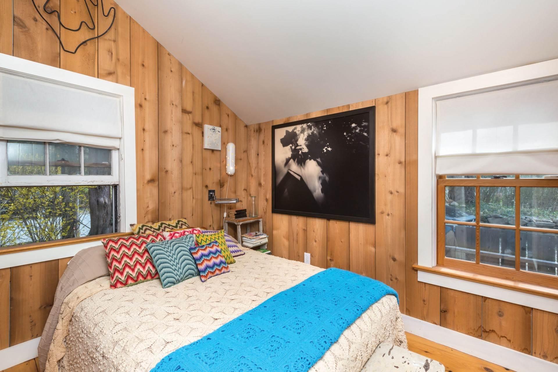 9. Single Family Homes at Sag Harbor Cottage 76 Hempstead Street, Sag Harbor, Southampton Town, NY 11963