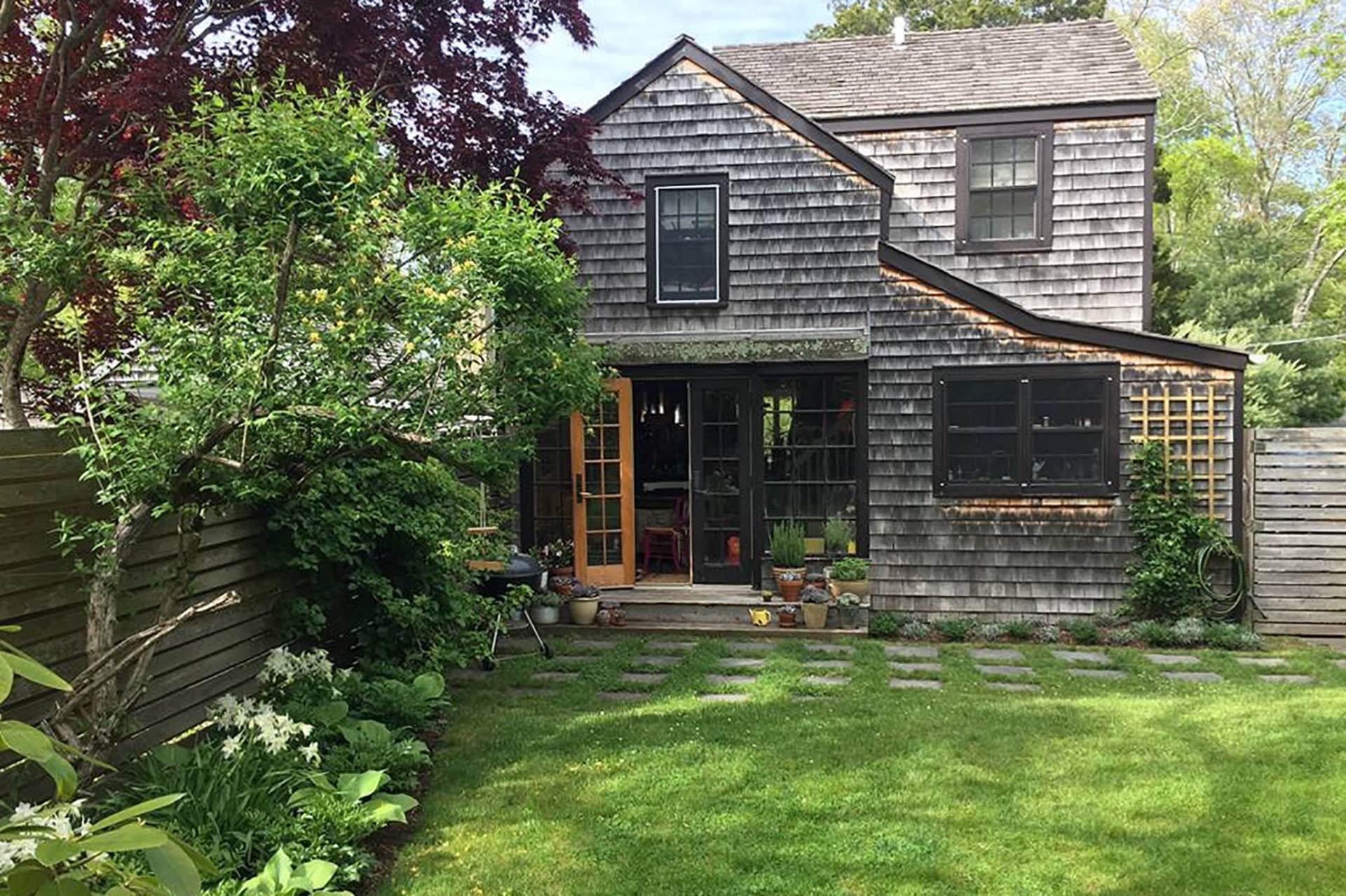 Single Family Homes at Sag Harbor Cottage 76 Hempstead Street, Sag Harbor, Southampton Town, NY 11963