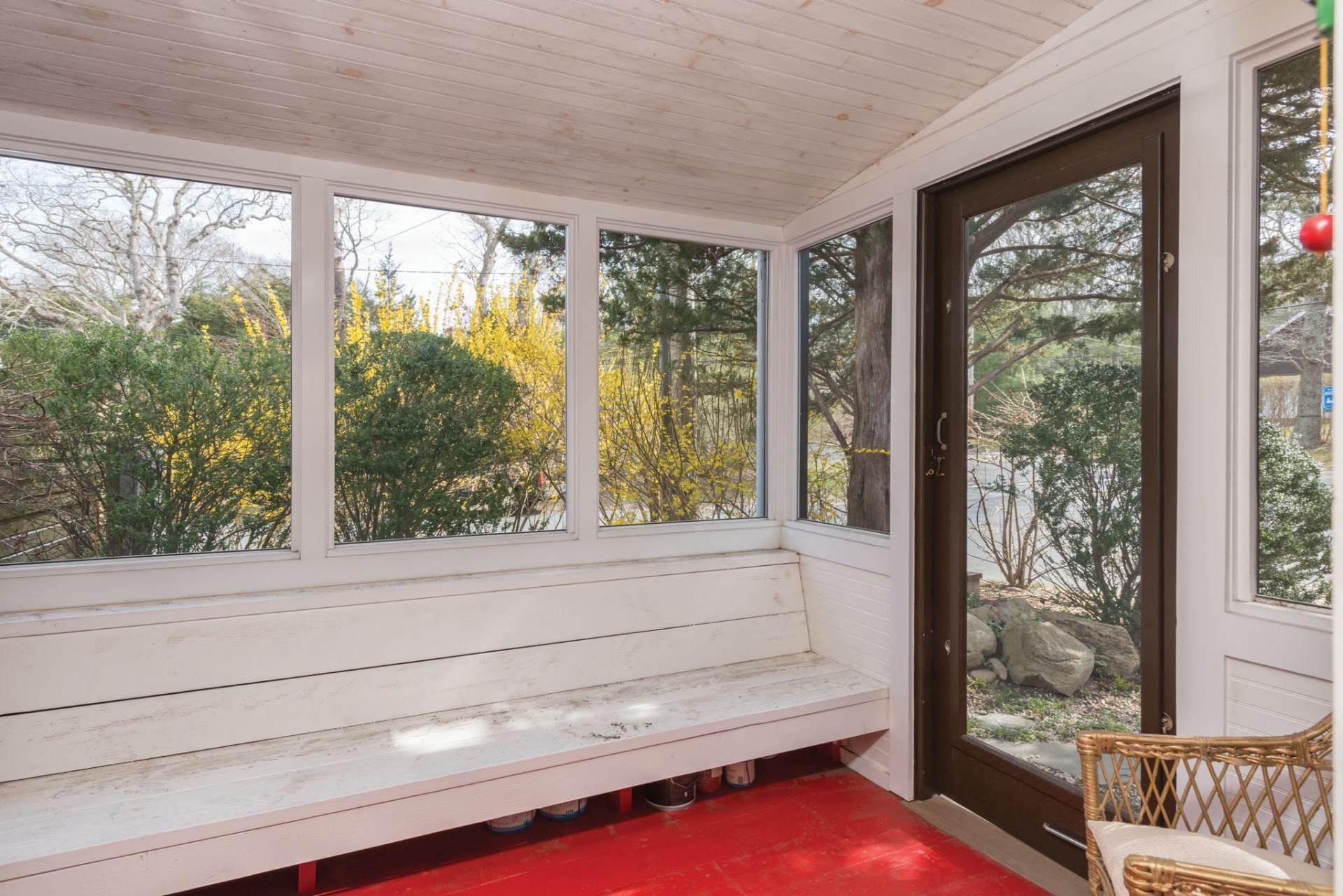 10. Single Family Homes at Sag Harbor Cottage 76 Hempstead Street, Sag Harbor, Southampton Town, NY 11963