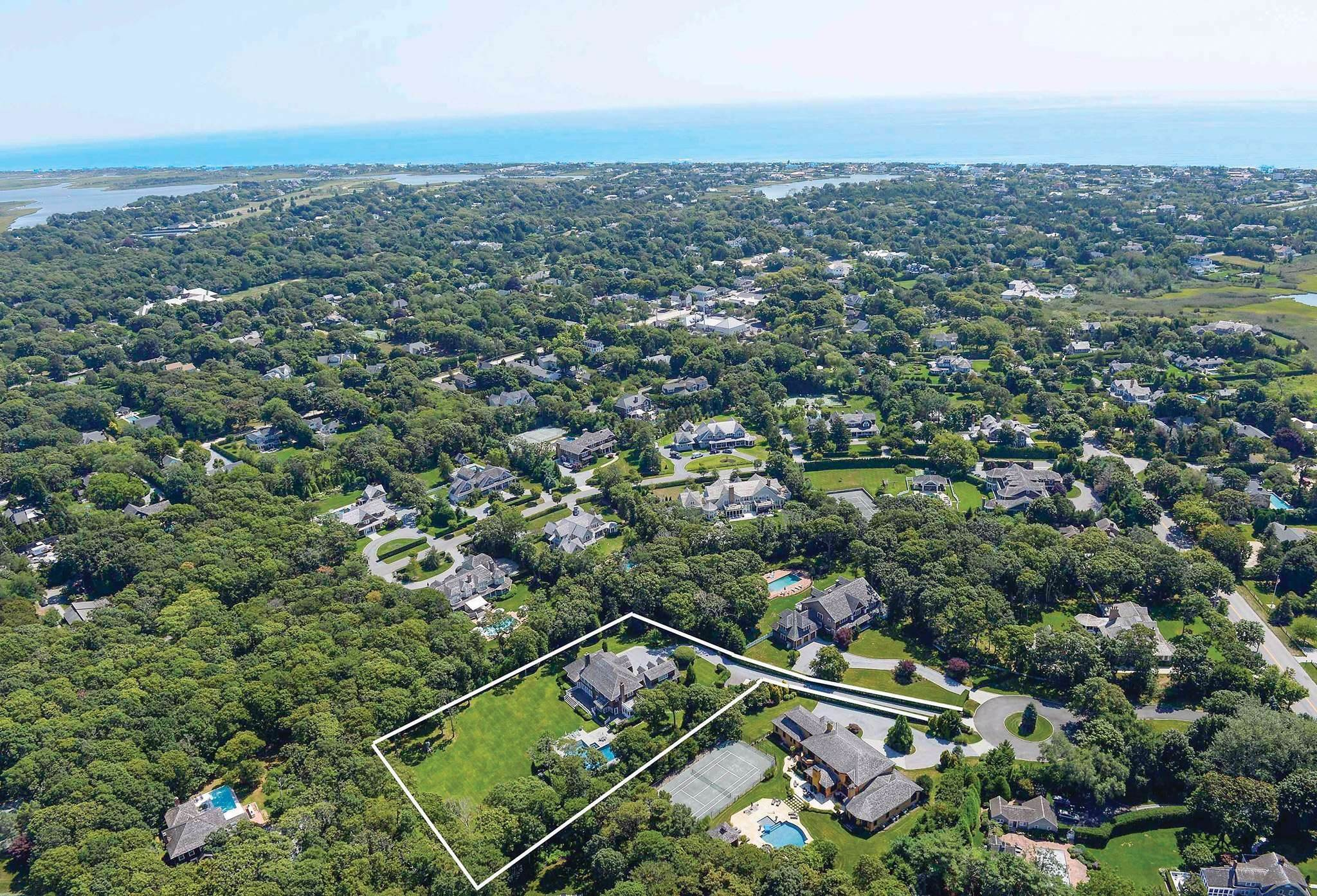 Single Family Homes at The Best Of The Best In Quogue!!! Quogue Village, Southampton Town, NY 11959