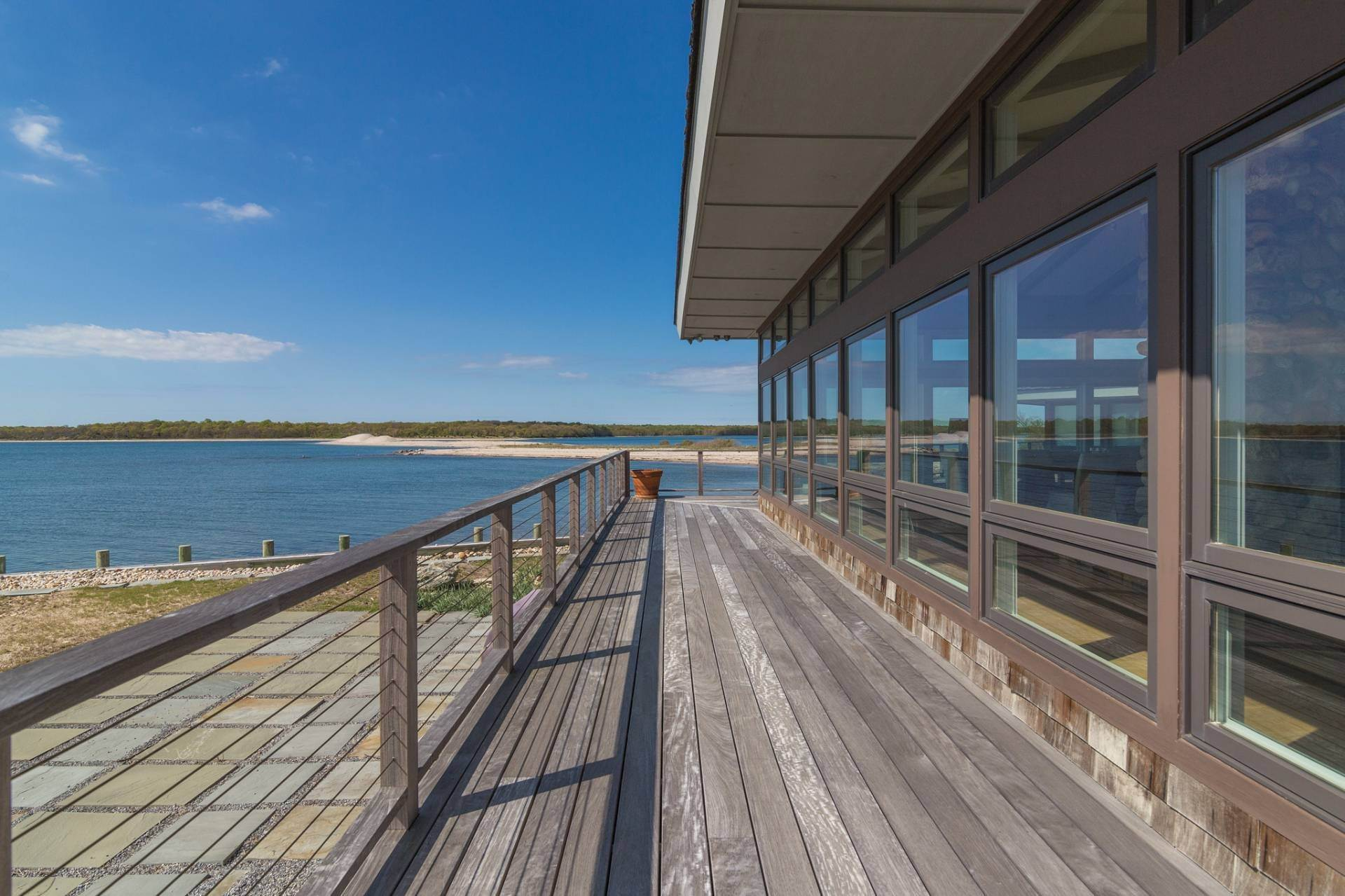7. Single Family Homes for Sale at Shelter Island Mid Century Modern Beach House With Pool Shelter Island Heights, Shelter Island, NY 11964