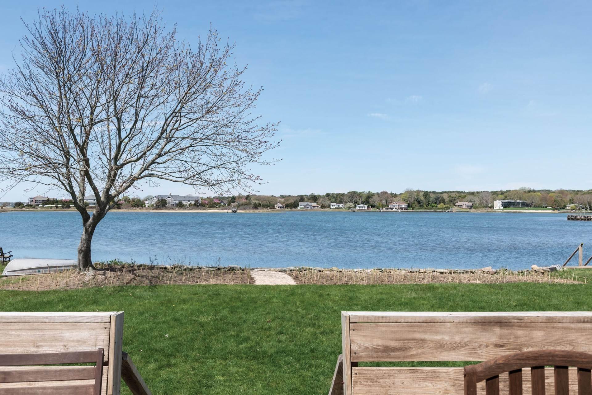 2. Single Family Homes at Spectacular Bay Views In Southampton Southampton, Southampton Town, NY 11968
