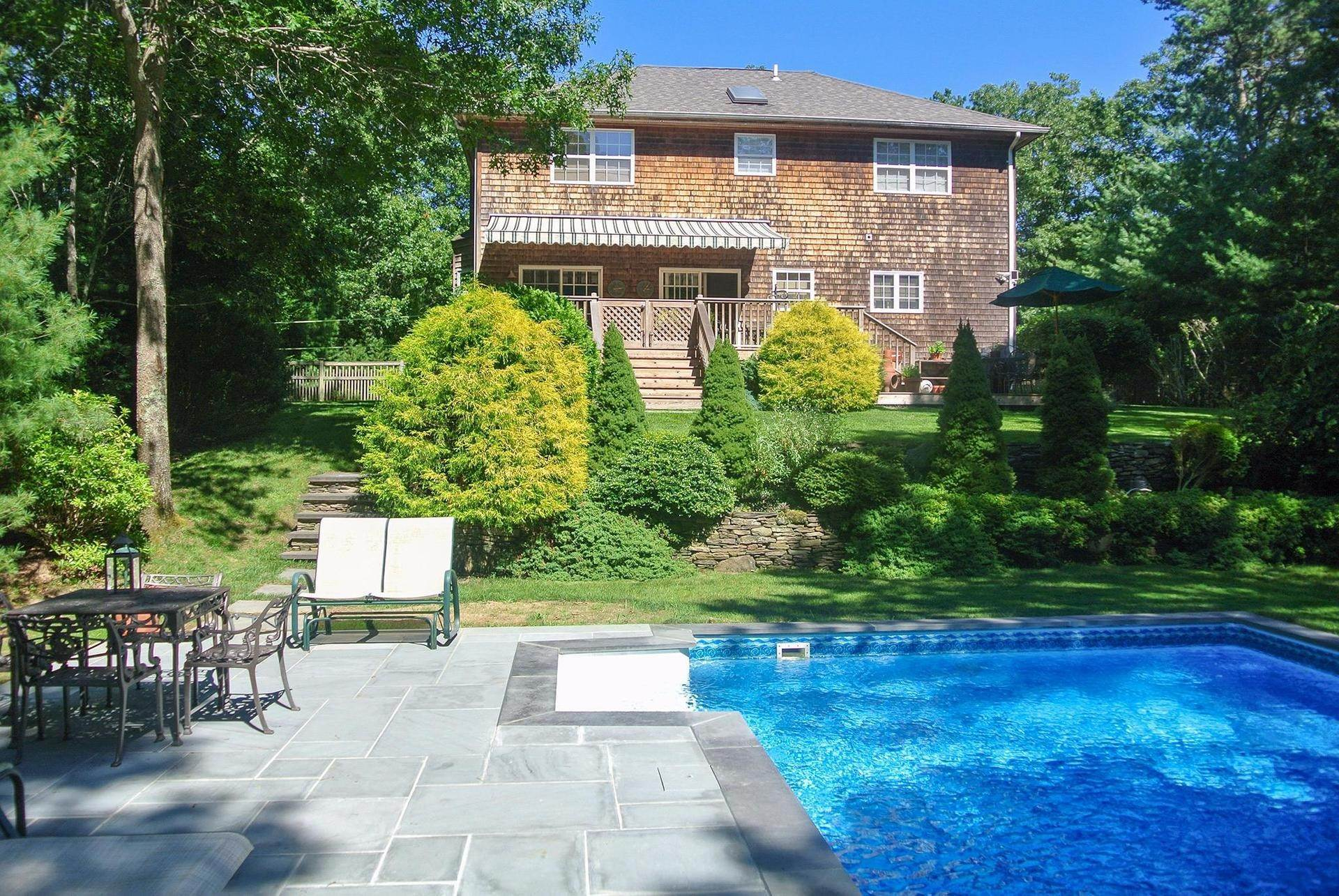 Single Family Homes at East Hampton Charmer Close To Village And Beaches East Hampton, East Hampton Town, NY 11937