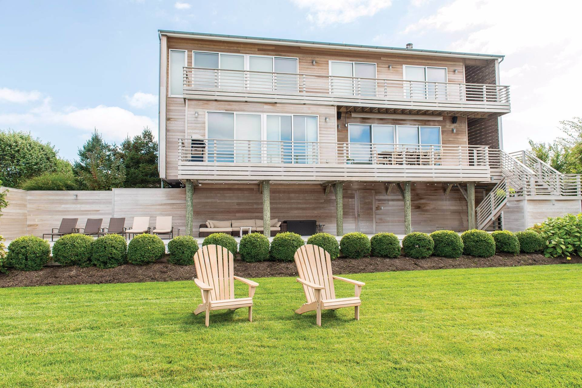 4. Single Family Homes at Quogue Bayfront With Lap Pool, Dock & Deeded Ocean Access Other Areas, NY 11959