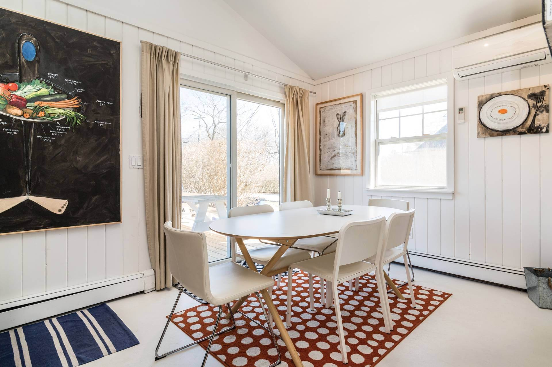 5. Single Family Homes at Ditch Plains Beach Cottage Montauk, East Hampton Town, NY 11954