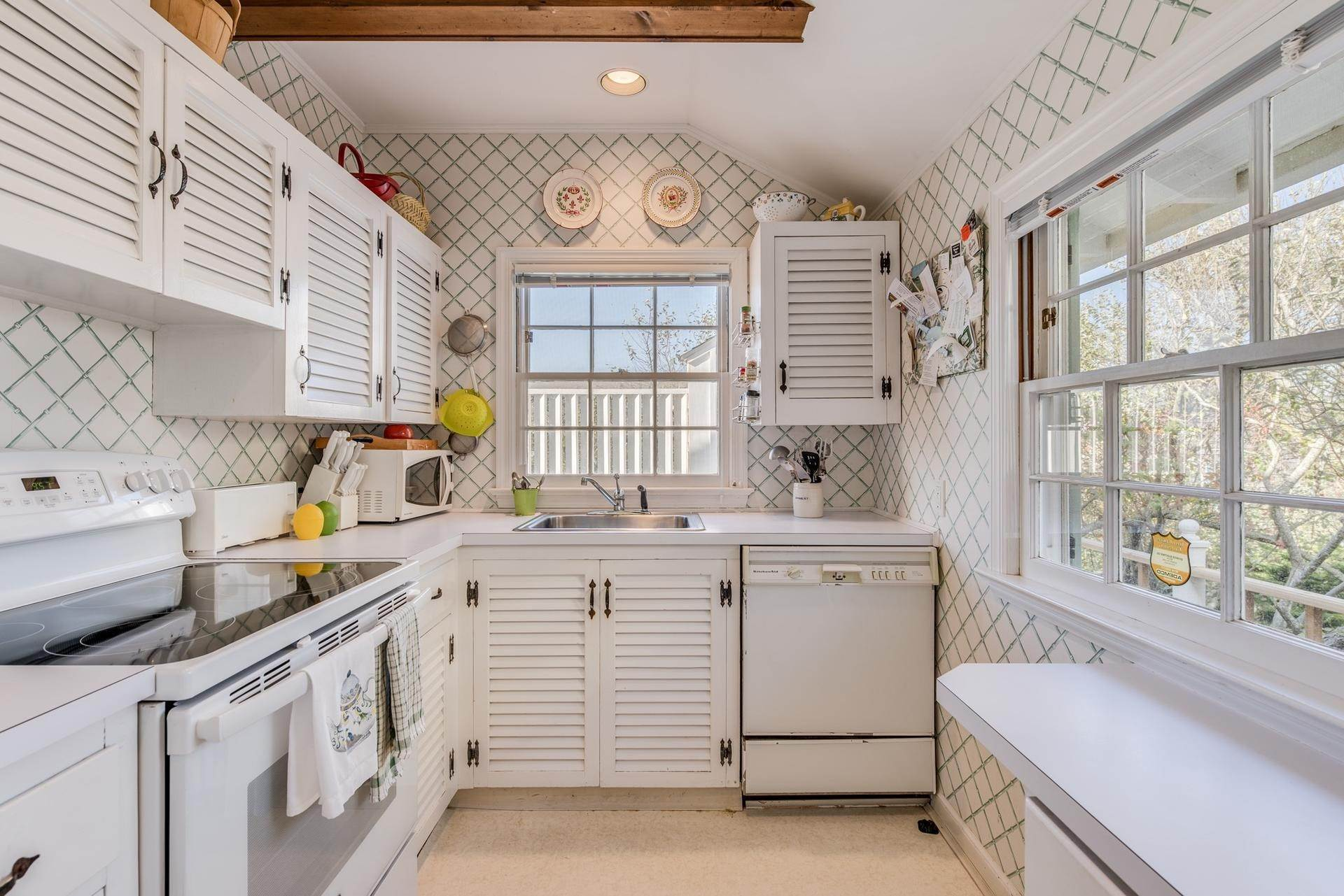 10. Single Family Homes for Sale at The Best Value On The Ocean In Quogue 96 And 98 Dune Road, Quogue Village, Southampton Town, NY 11978