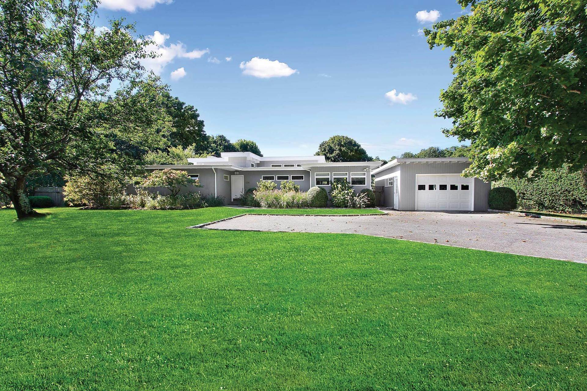 Single Family Homes at Modern In The Amagansett Lanes Amagansett, East Hampton Town, NY 11930
